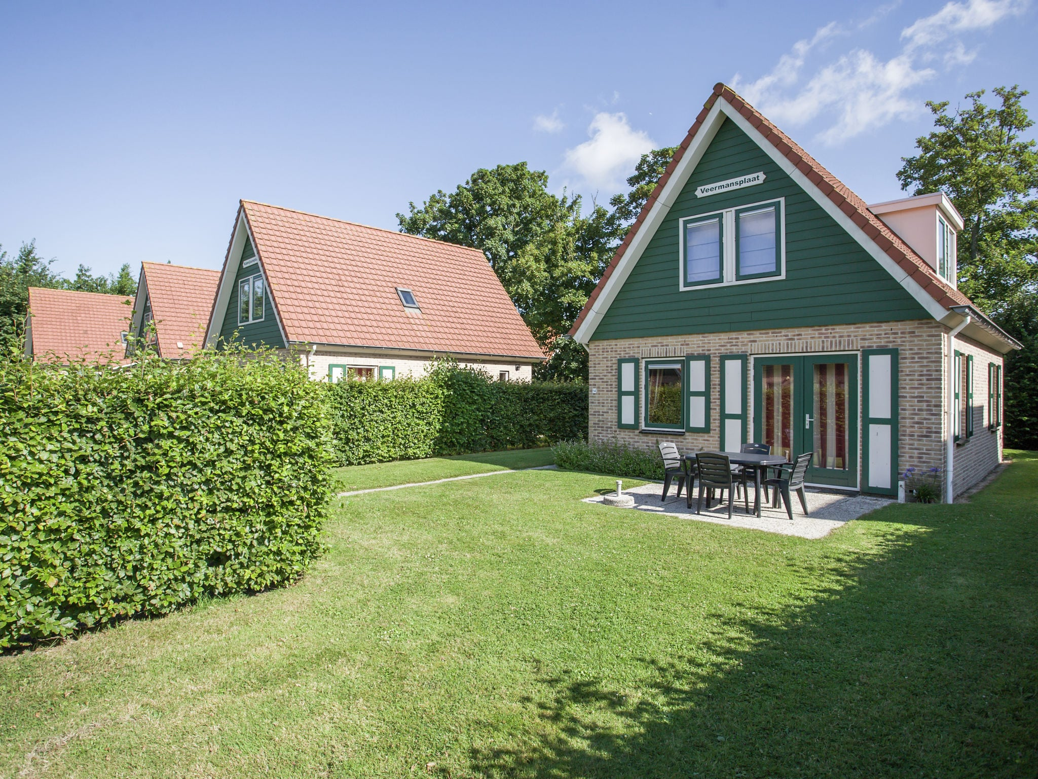 Holland | Zeeland | Holiday home Veermansplaat | all year | GardenSummer