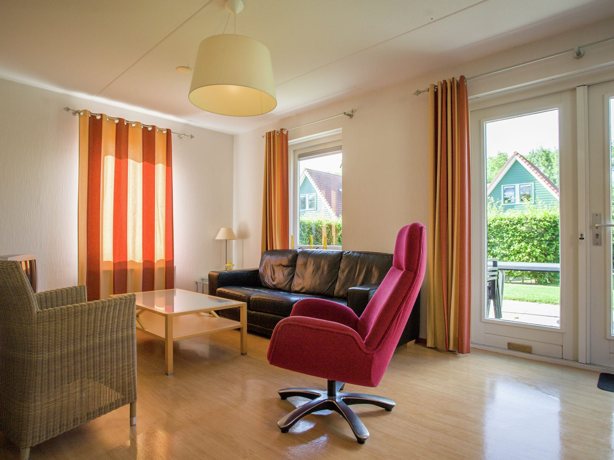 Holland | Zeeland | Holiday home Kabeljauwplaat | all year | LivingRoom