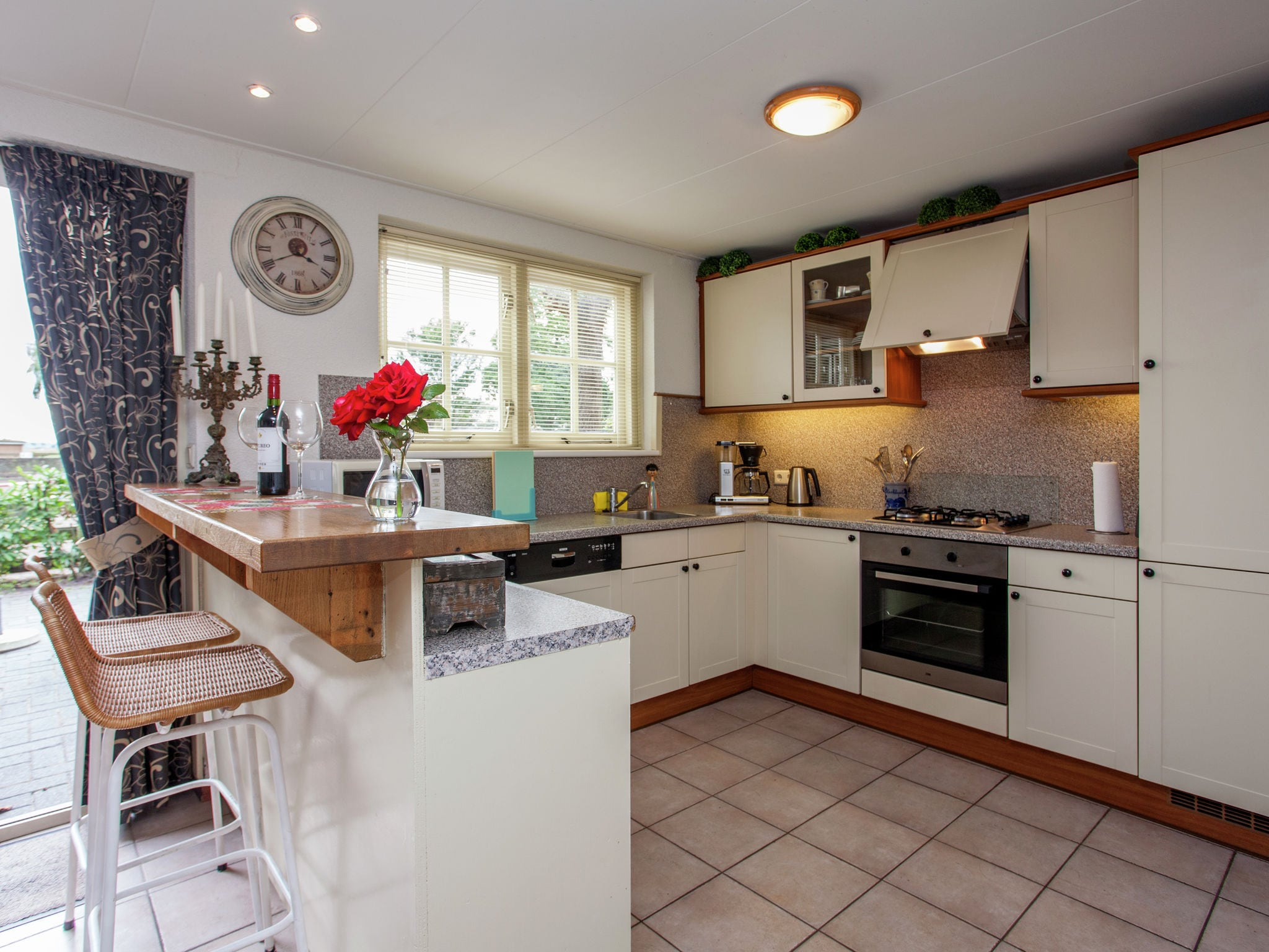 Holland | North Sea Coast North | Holiday home Vrijzicht | all year | Kitchen