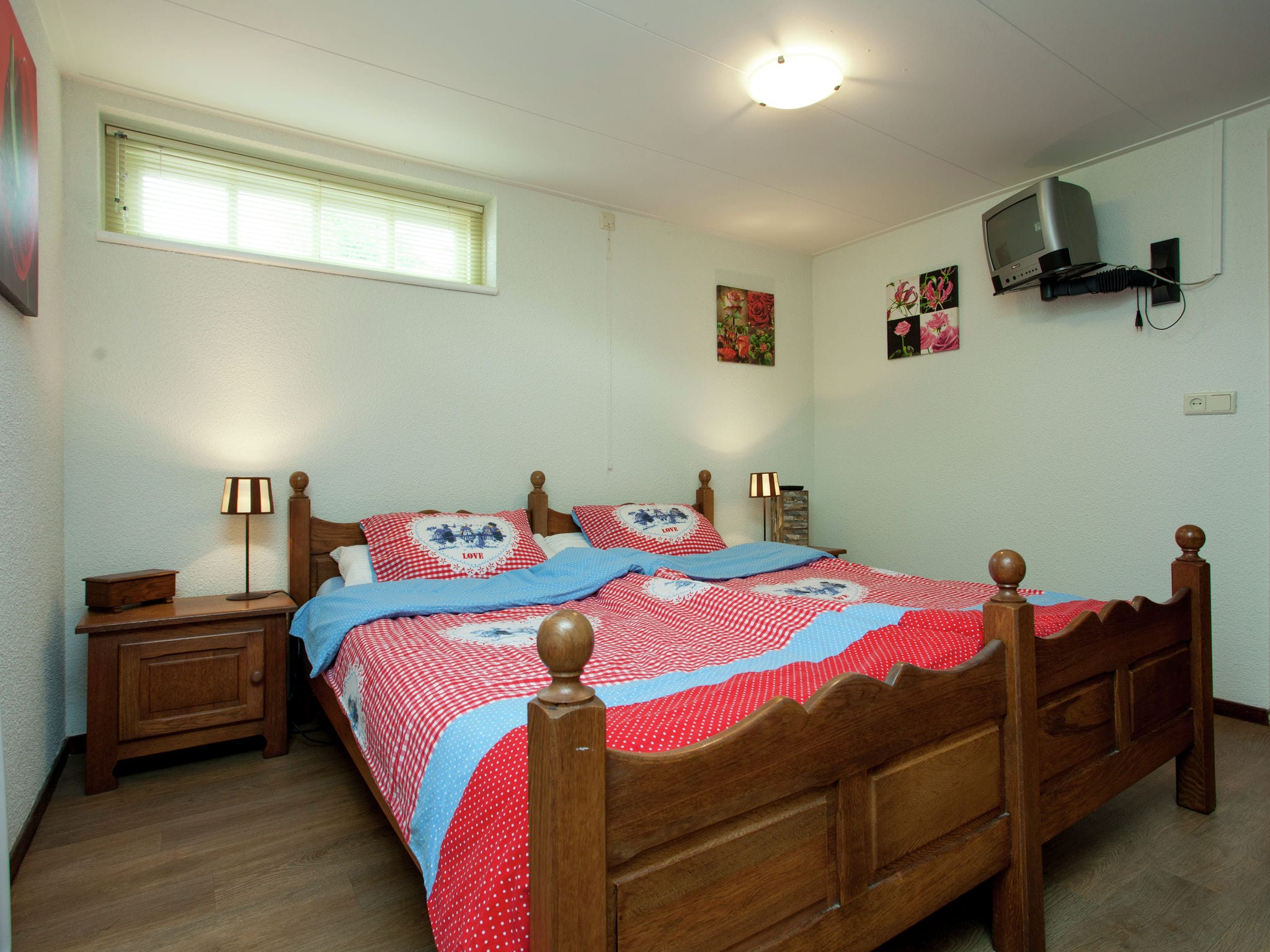 Holland | North Sea Coast North | Holiday home Vrijzicht | all year | BedRoom