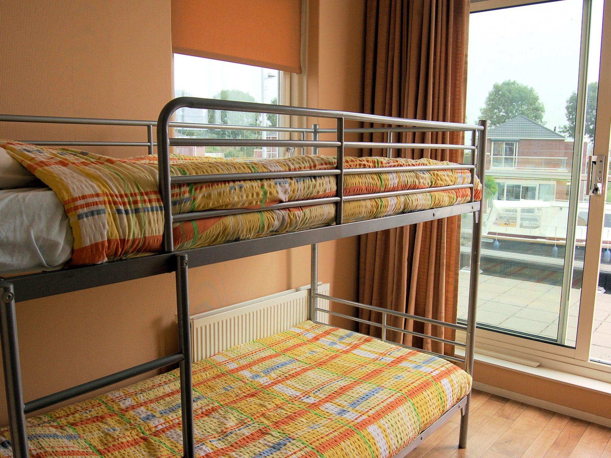 Holland | North Sea Coast South | Holiday home Volkerak | all year | BedRoom