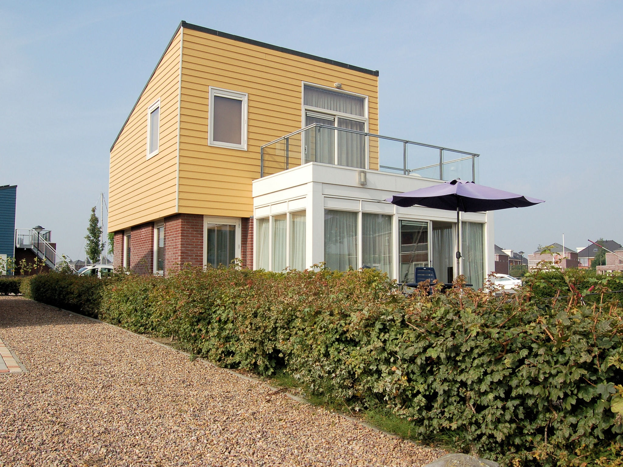 Holland | North Sea Coast South | Holiday home Volkerak | all year | ExteriorSummer