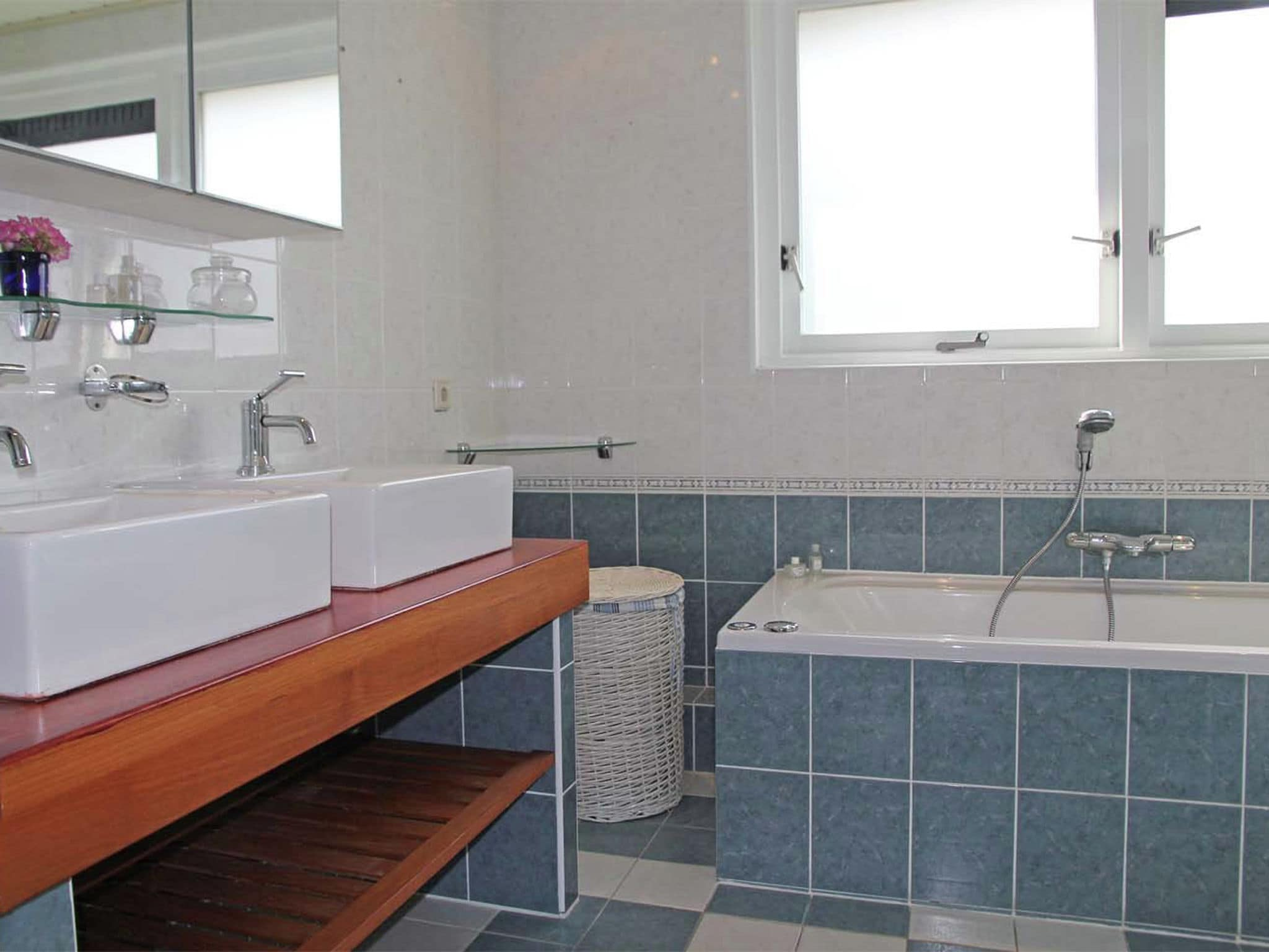 Holland | North Sea Coast North | Holiday home Haya | all year | BathRoom