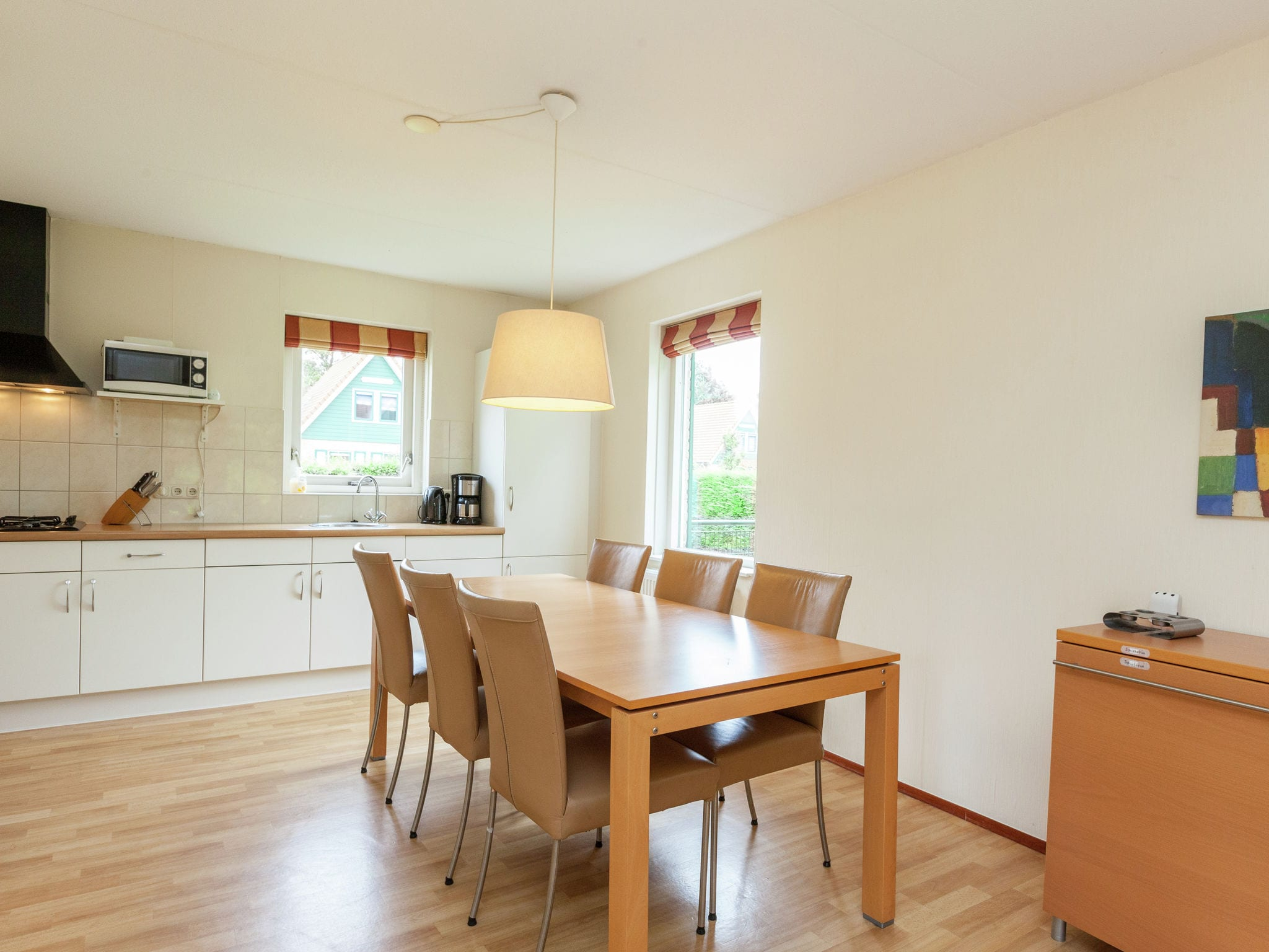 Holland | Zeeland | Holiday home Lepelaar | all year | DiningRoom