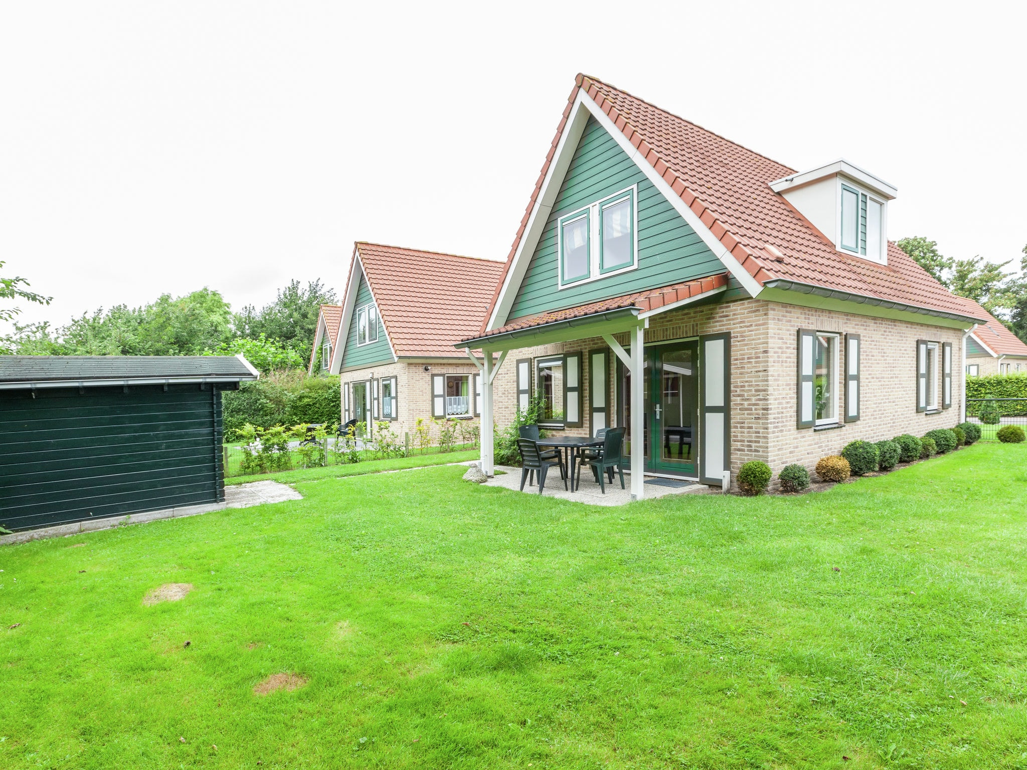 Holland | Zeeland | Holiday home Lepelaar | all year | ExteriorSummer