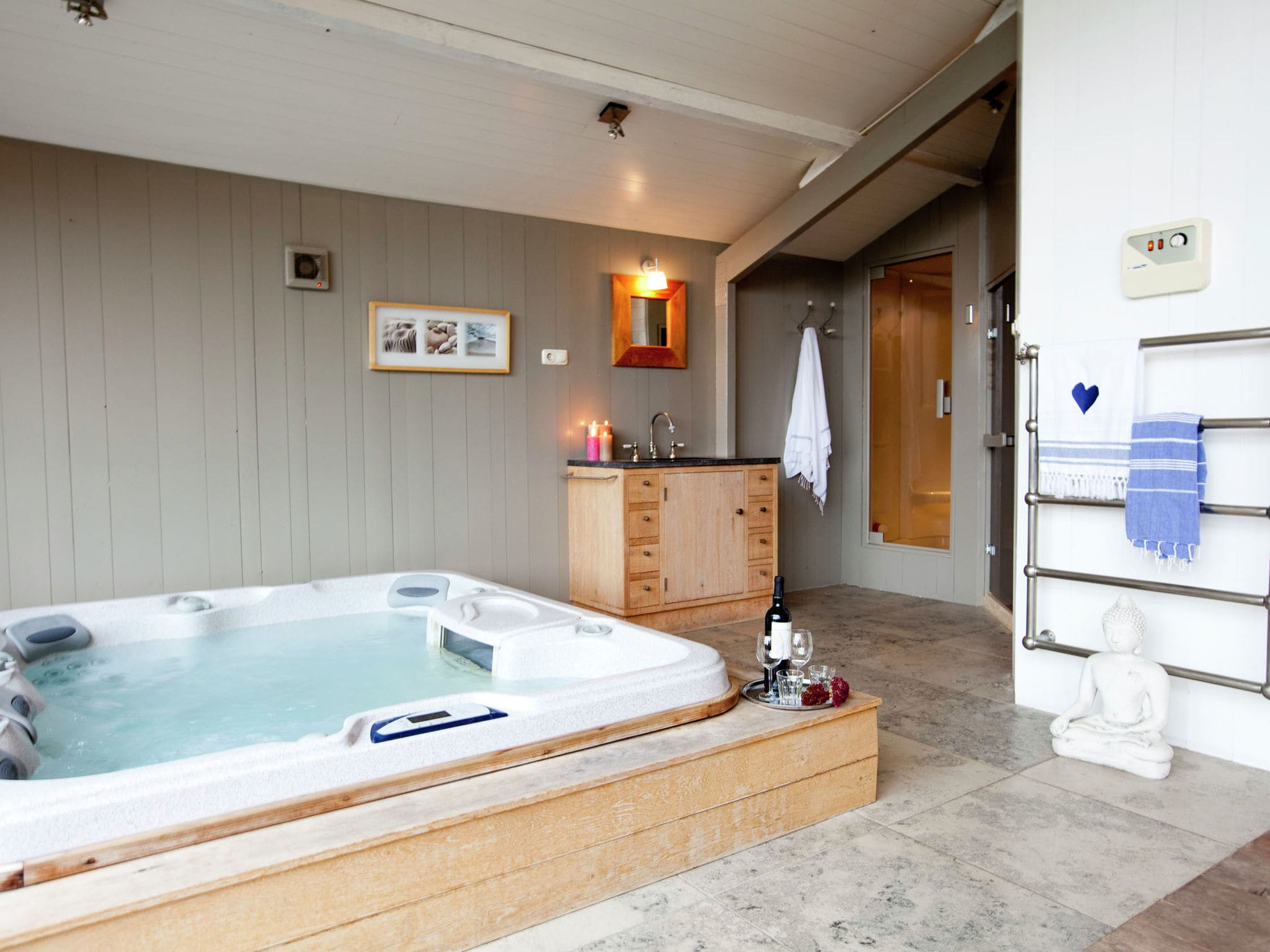 Holland | North Sea Coast North | Holiday home Spa House | all year | Facilities