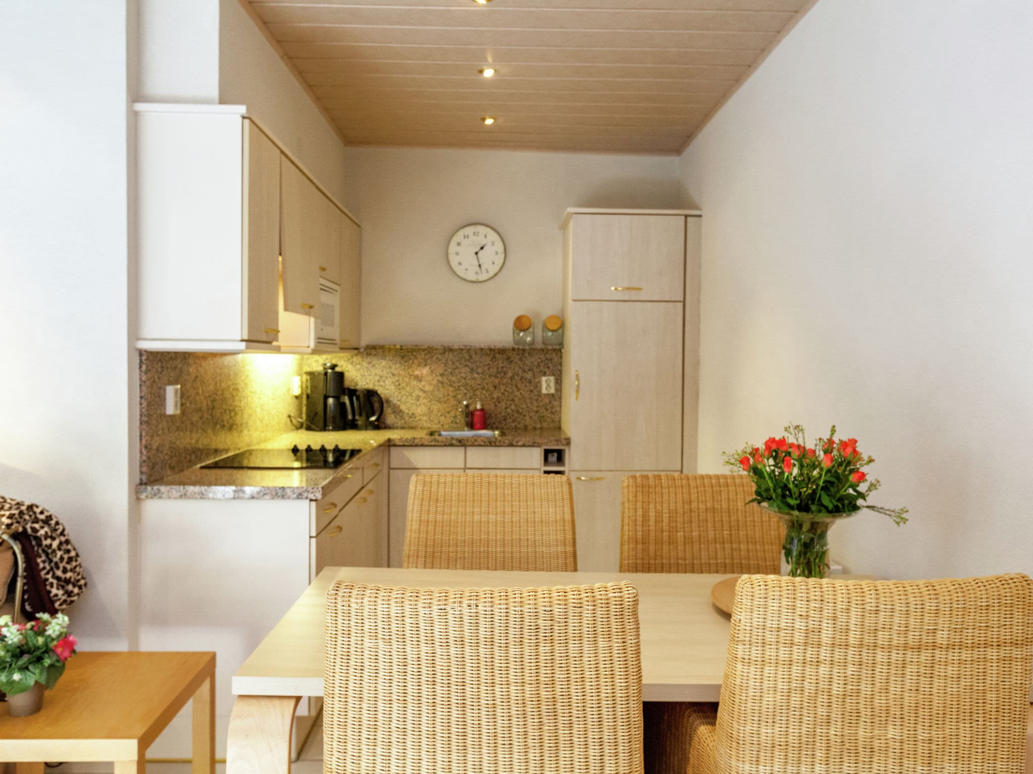 Holland | Zeeland | Holiday home Vier Duinen | all year | DiningRoom