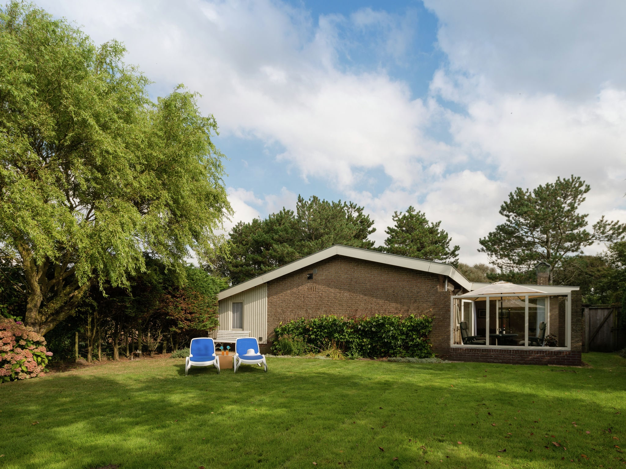 Holland | North Sea Coast North | Holiday home De Strandvogel | all year | ExteriorSummer