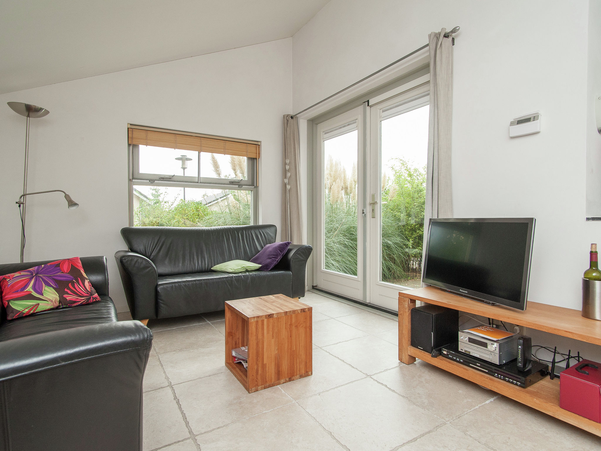 Holland | North Sea Coast North | Holiday home Boshof | all year | LivingRoom