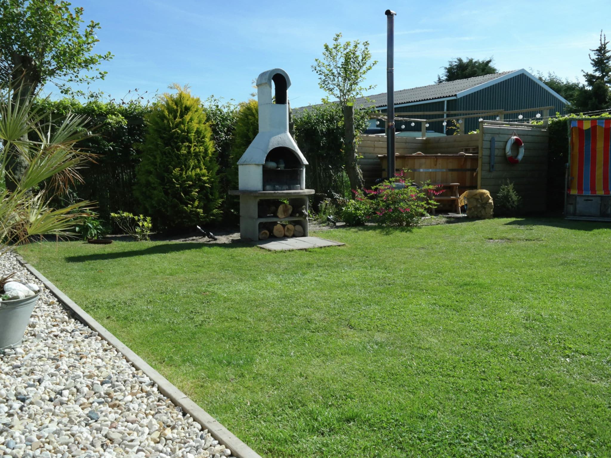 Holland | North Sea Coast North | Holiday home Buenaventura | all year | GardenSummer