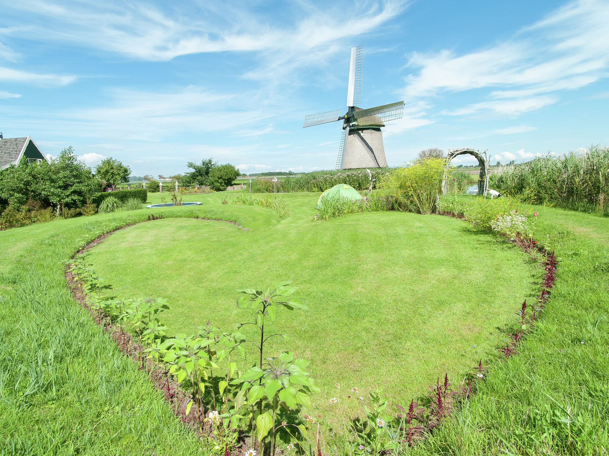 Holland | North Sea Coast North | Holiday home 't Molenaarshuisje | all year | GardenSummer