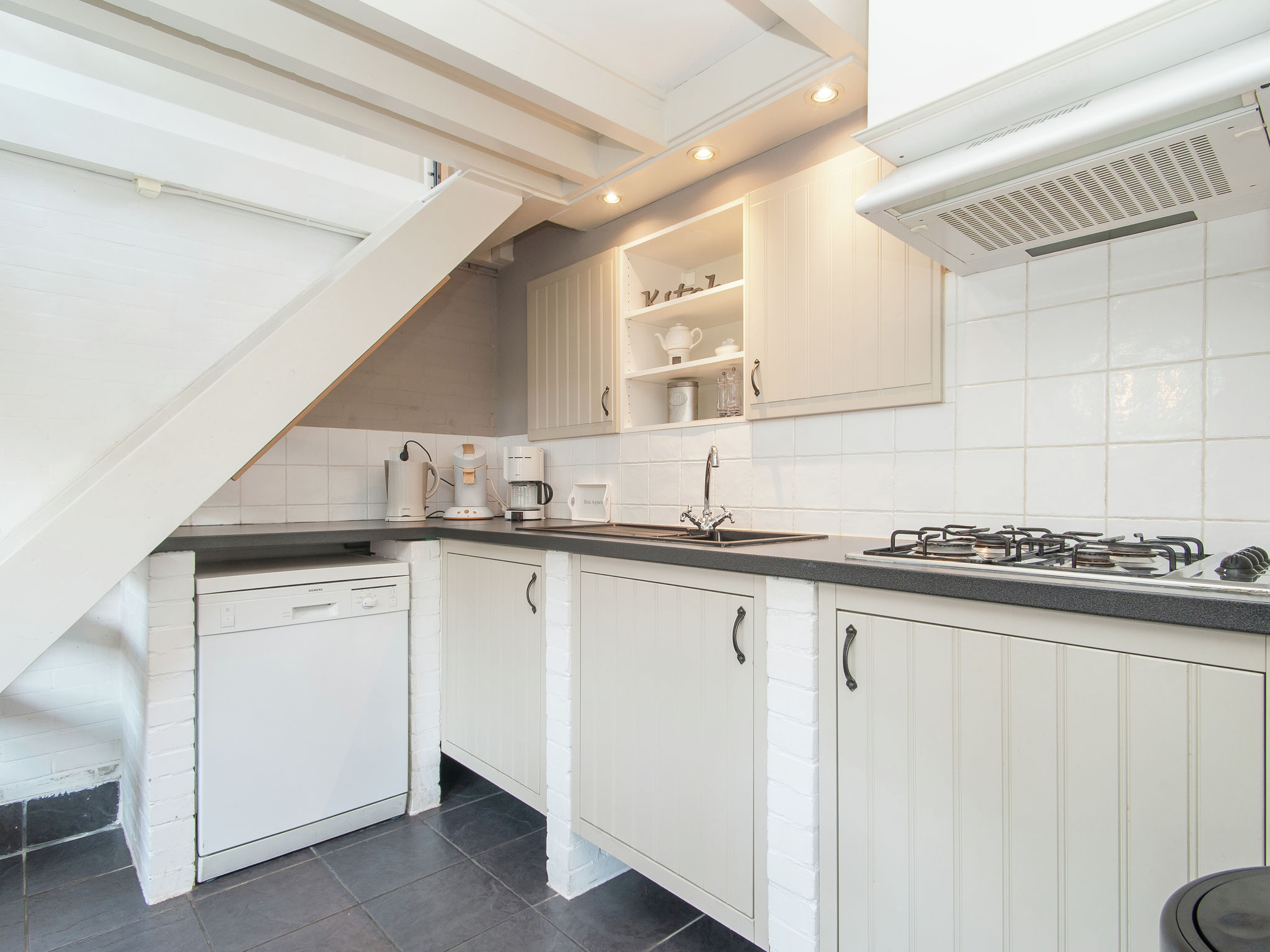 Holland | North Sea Coast North | Holiday home Aan de Haven | all year | Kitchen
