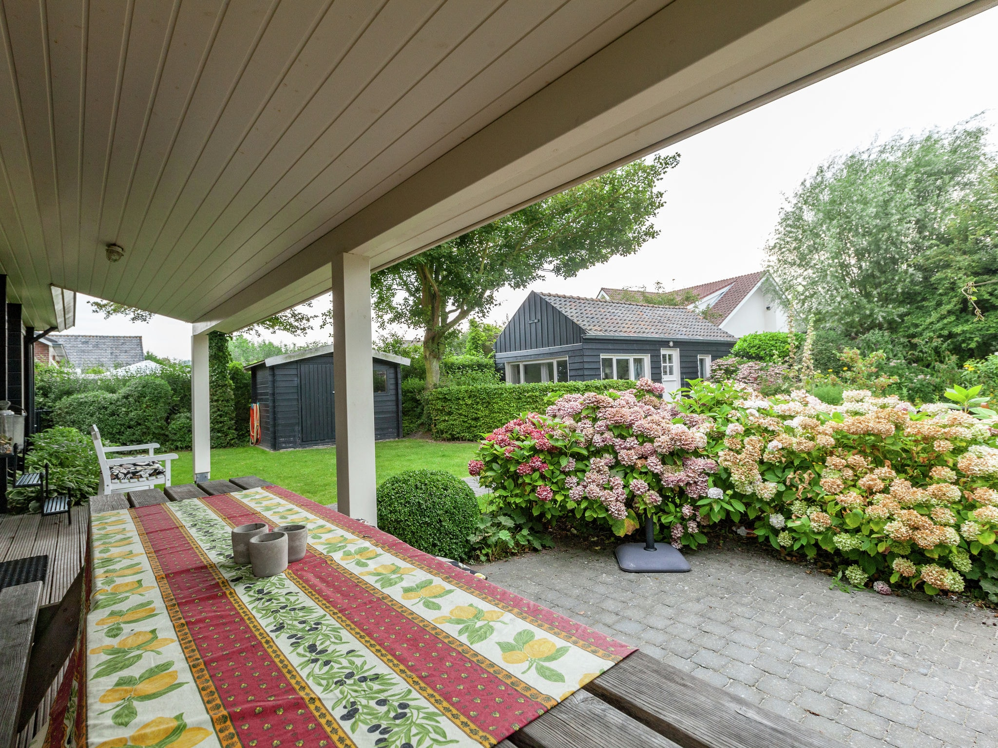 Holland | Zeeland | Holiday home Houten III | all year | GardenSummer