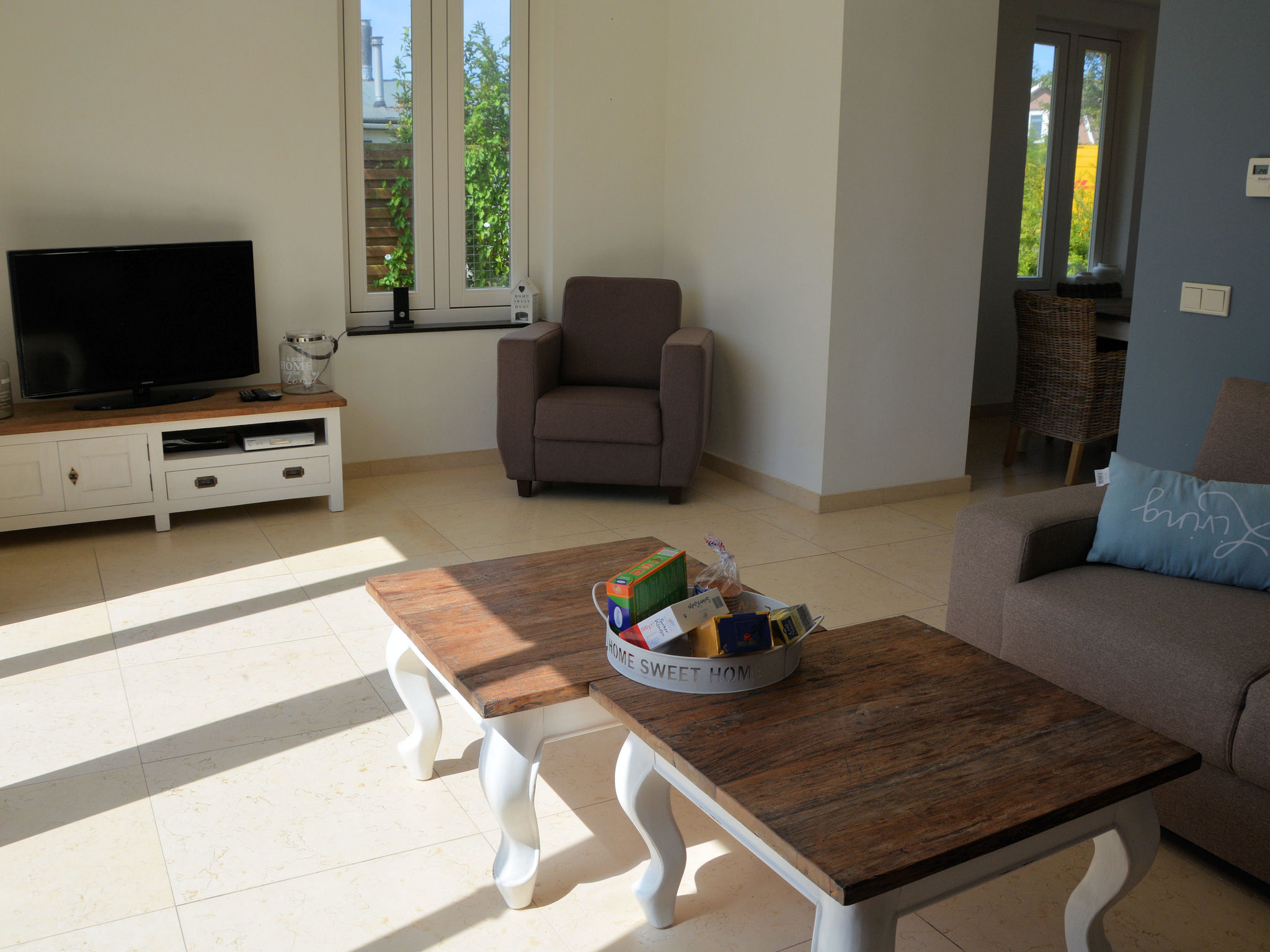 Holland | North Sea Coast South | Holiday home Chevalier | all year | LivingRoom