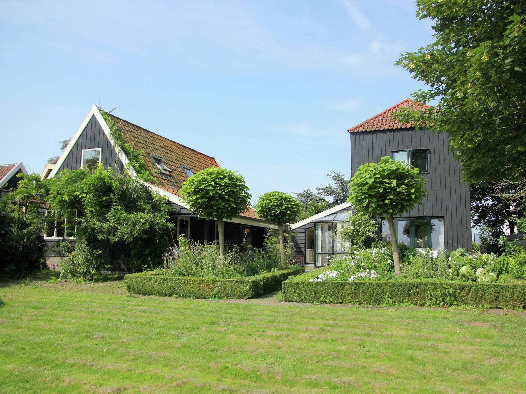 Holland | North Sea Coast North | Holiday home Paradijs aan 't Water | all year | ExteriorSummer
