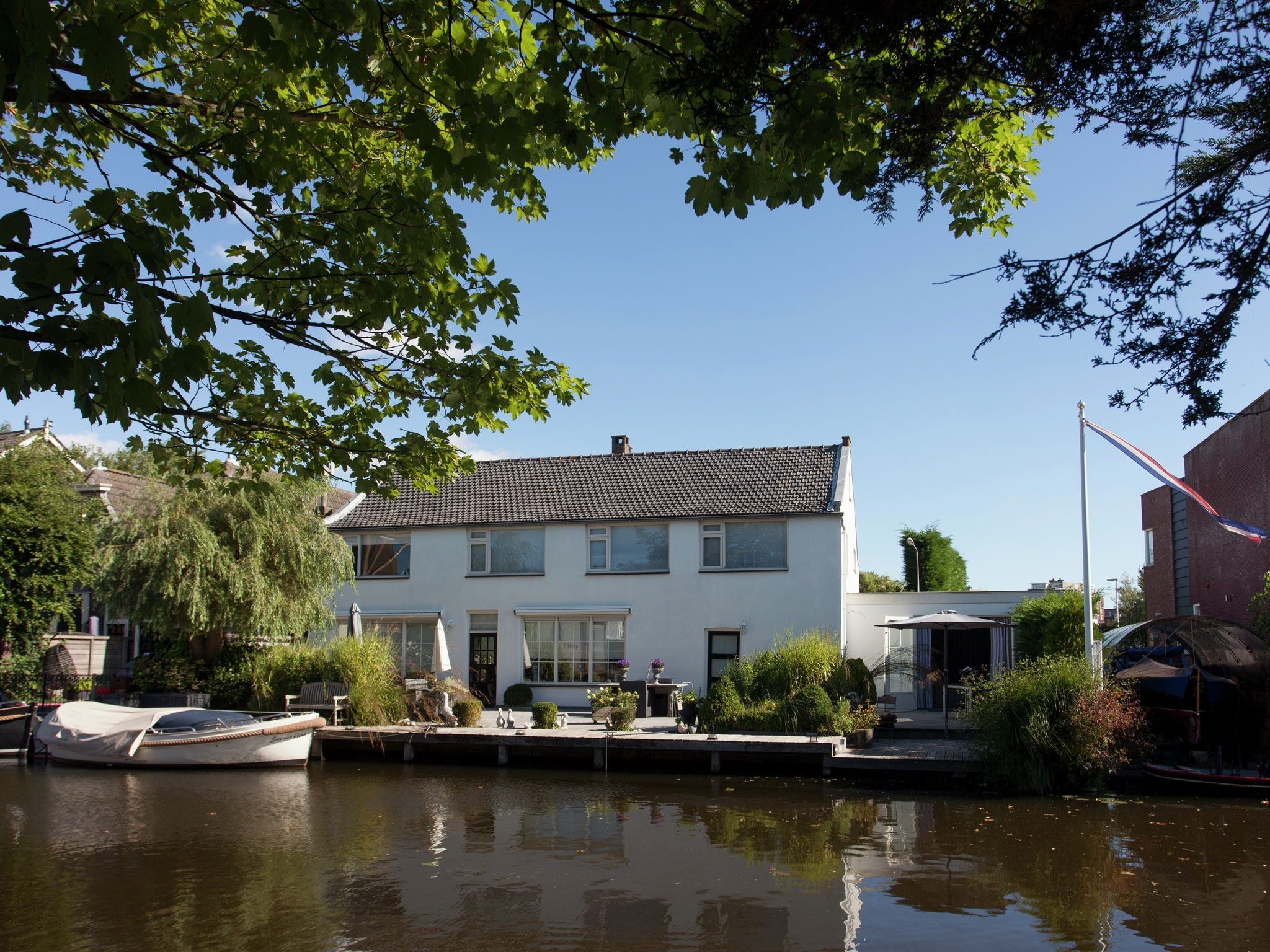 Holland | North Sea Coast South | Holiday home 't Rijnhuisje | all year | ExteriorSummer