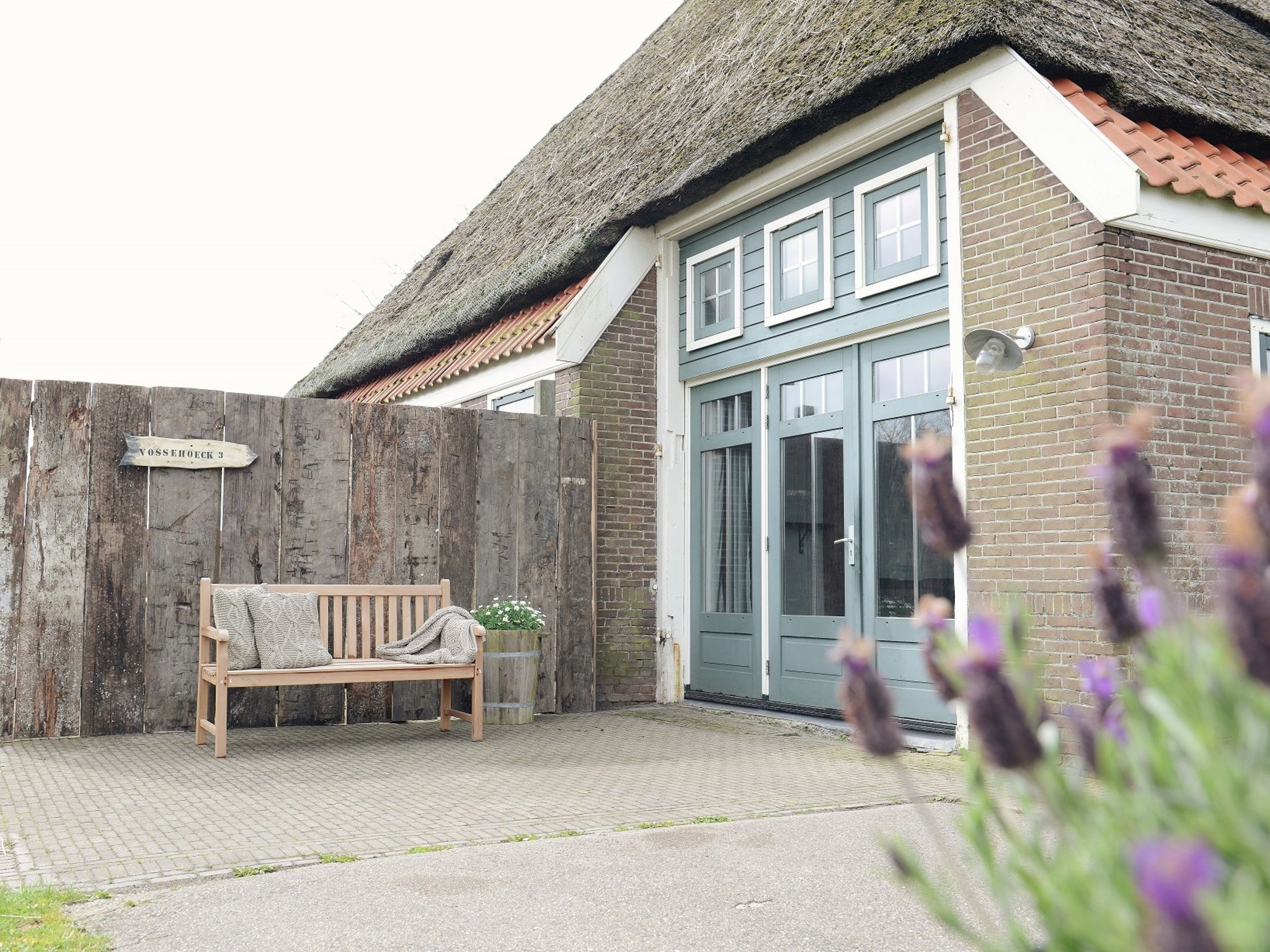 Holland | North Sea Coast North | Holiday home De Vossehoeck III | all year | TerraceBalcony