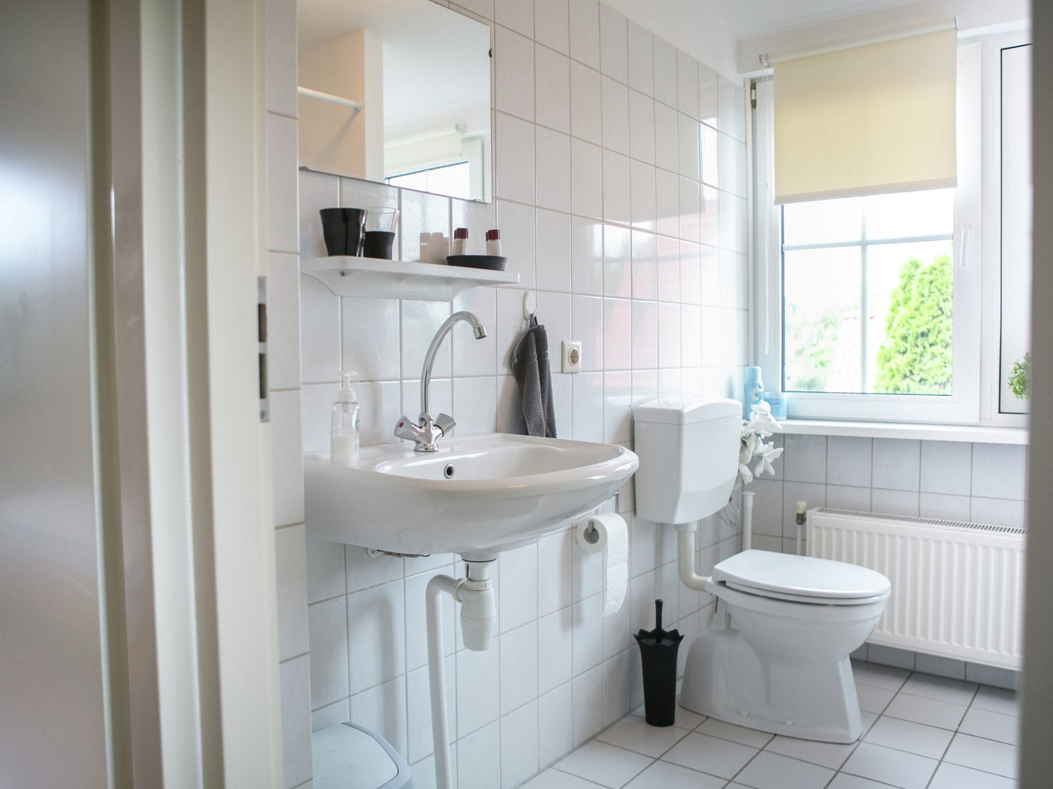 Holland | North Sea Coast South | Holiday home Hellegat | all year | BathRoom