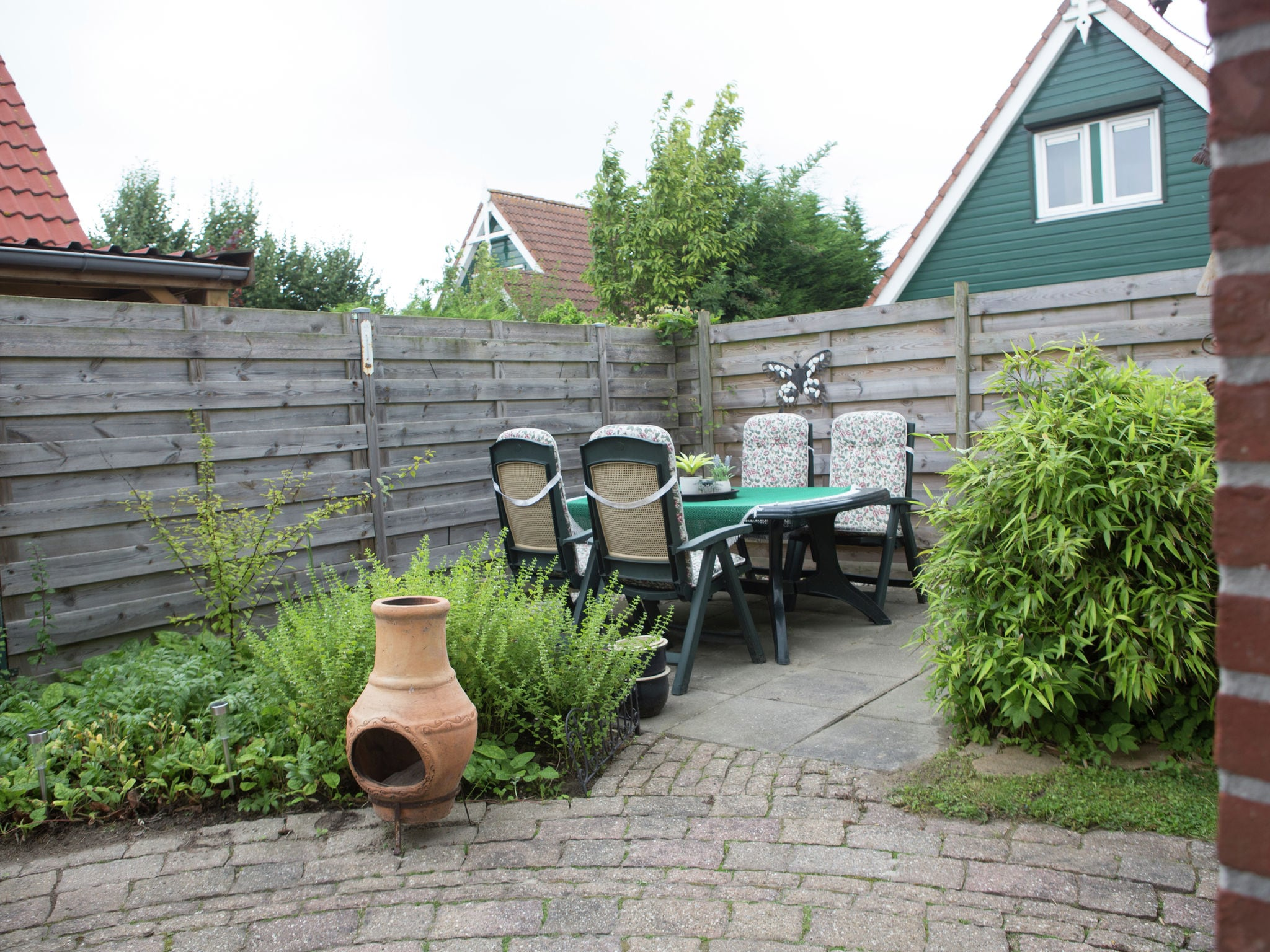 Holland | North Sea Coast South | Holiday home Hellegat | all year | GardenSummer