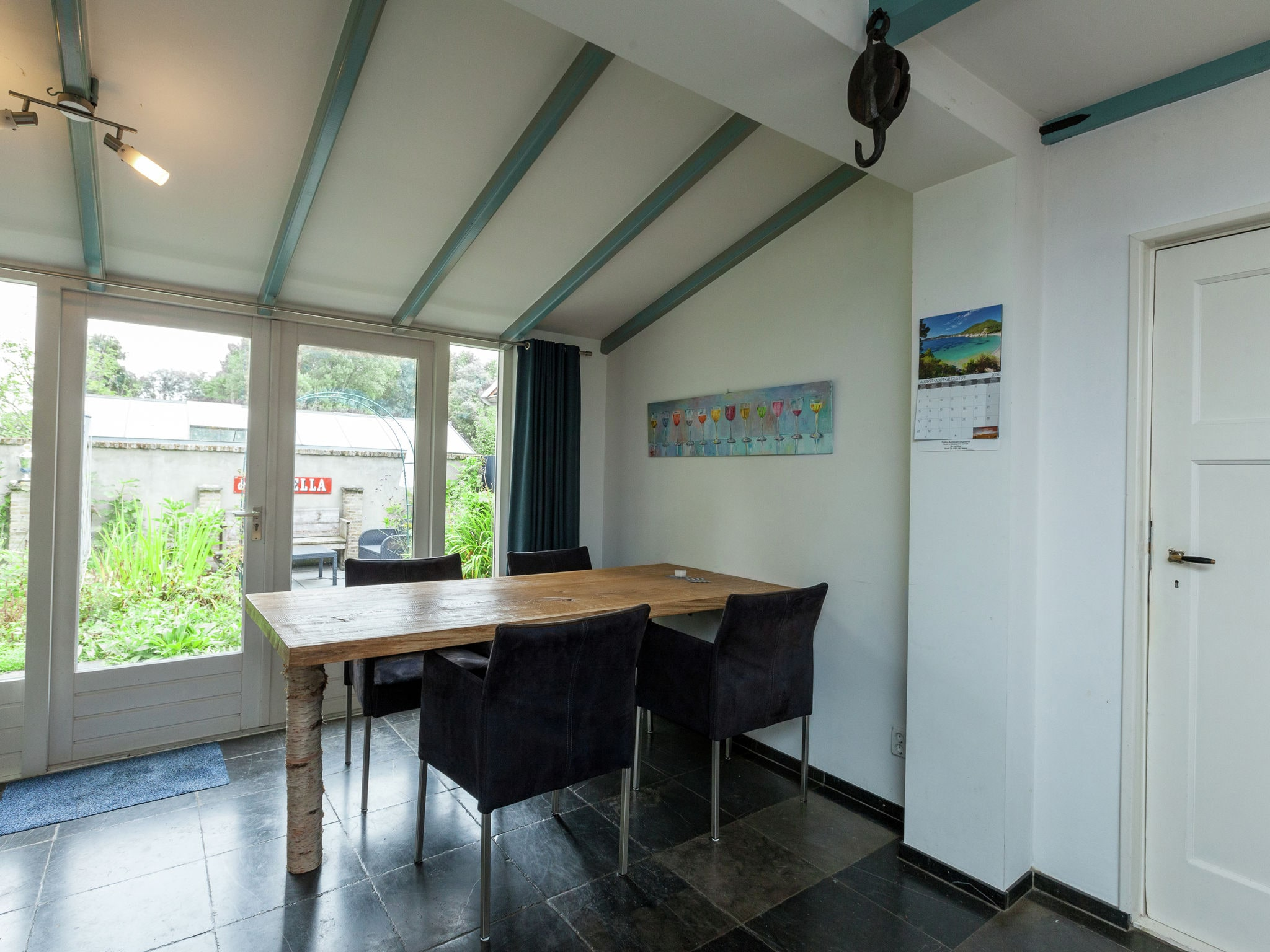 Holland | Zeeland | Holiday home Blauwe Regen | all year | LivingRoom