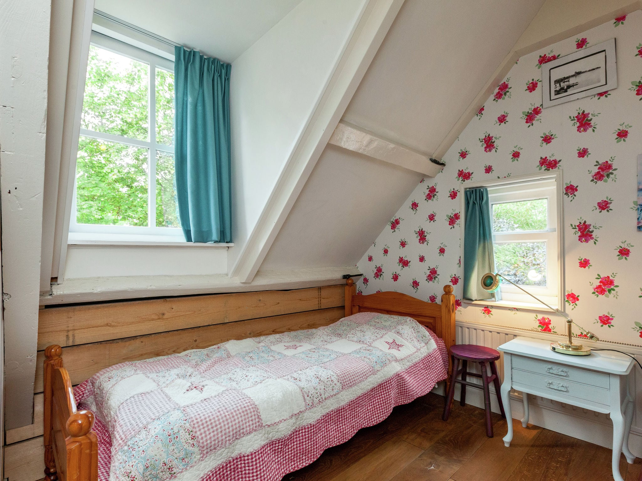 Holland | Zeeland | Holiday home Blauwe Regen | all year | BedRoom