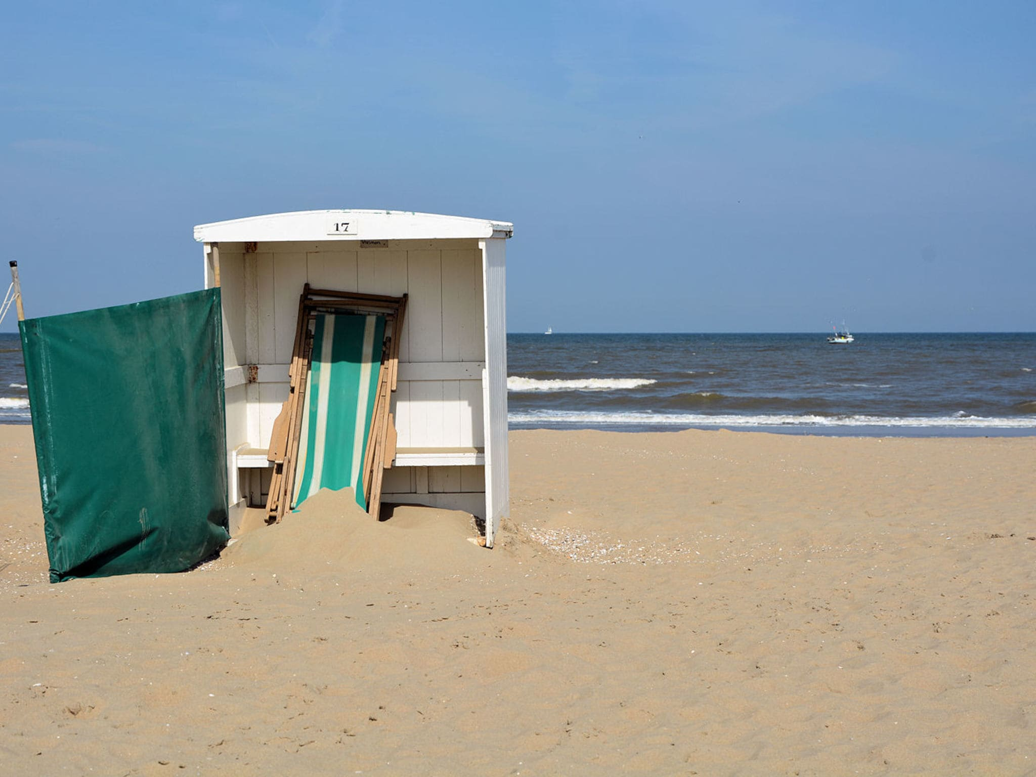 Holland | North Sea Coast South | Holiday home Trawler KW 36 | all year | AreaSummer1KM