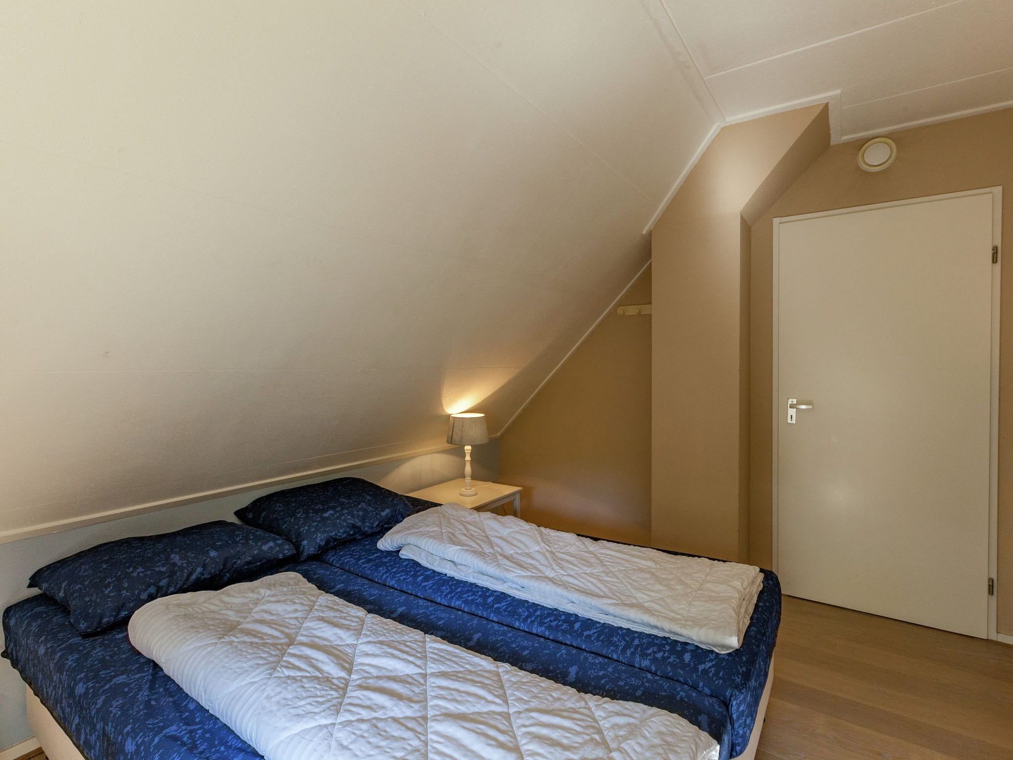 Holland | Zeeland | Holiday home De Zeekraal | all year | BedRoom