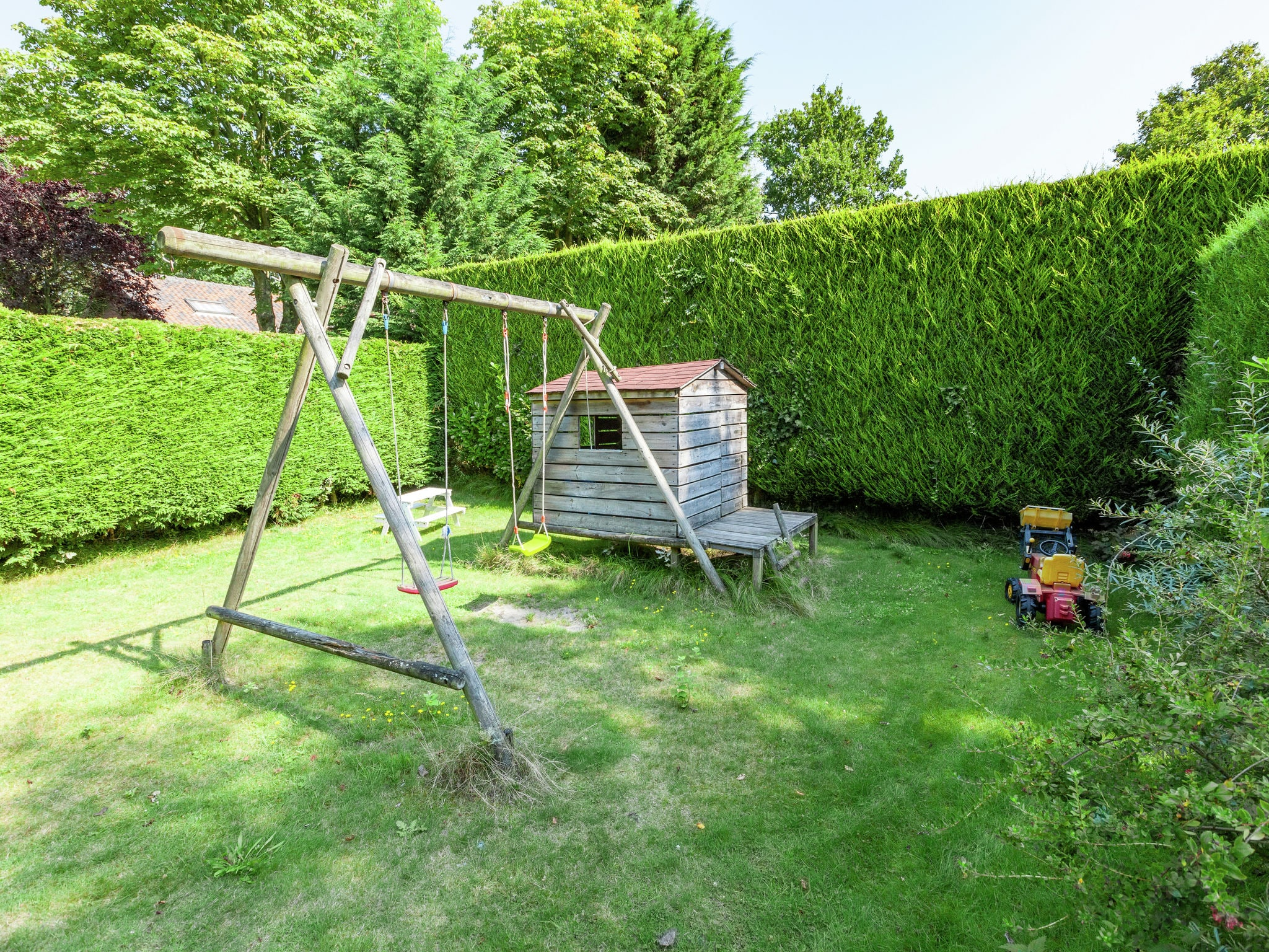 Holland | Zeeland | Holiday home De Zeekraal | all year | GardenSummer