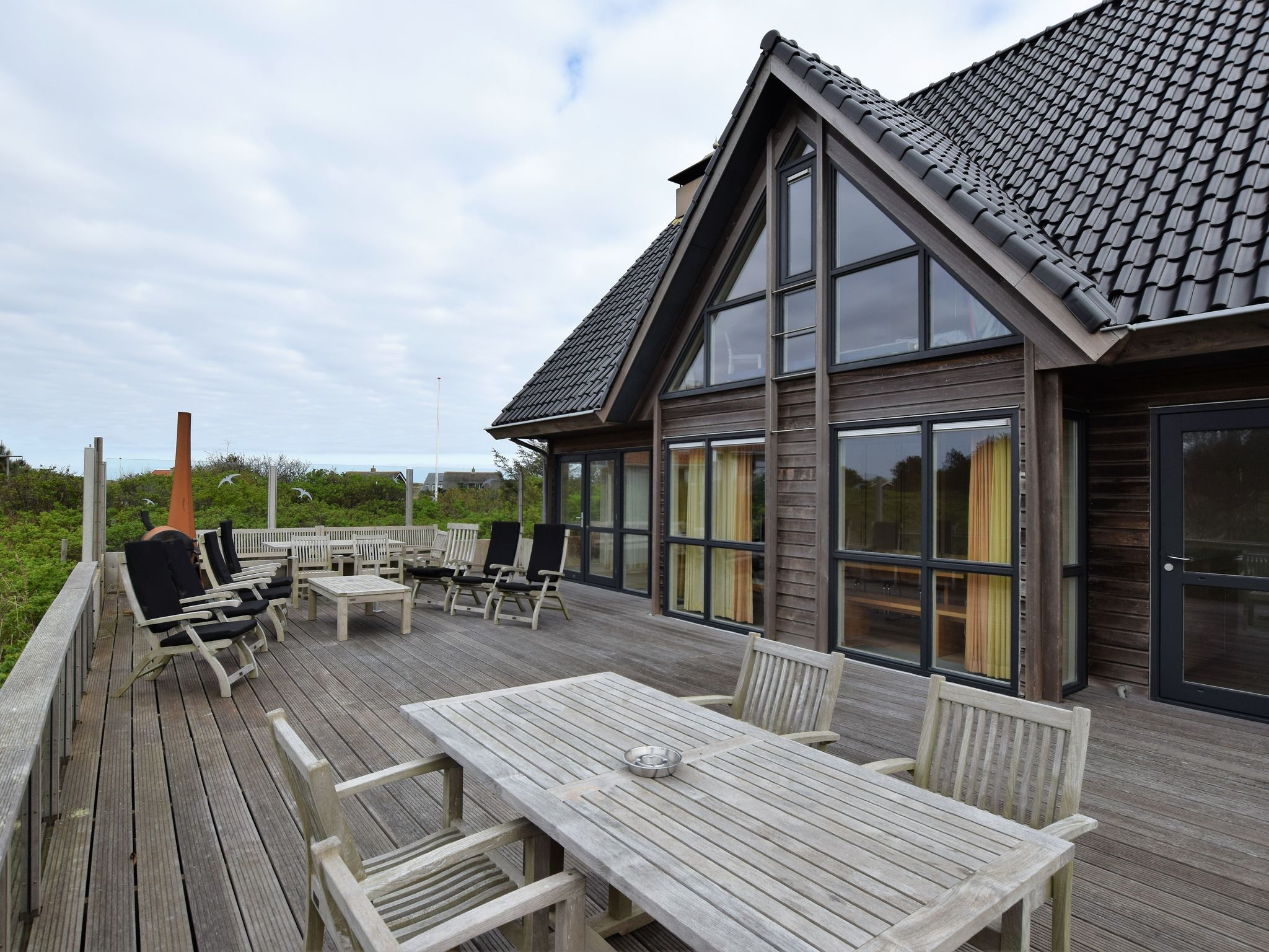 Holland | Wad Islands | Holiday home Villa Vlieland | all year | GardenSummer