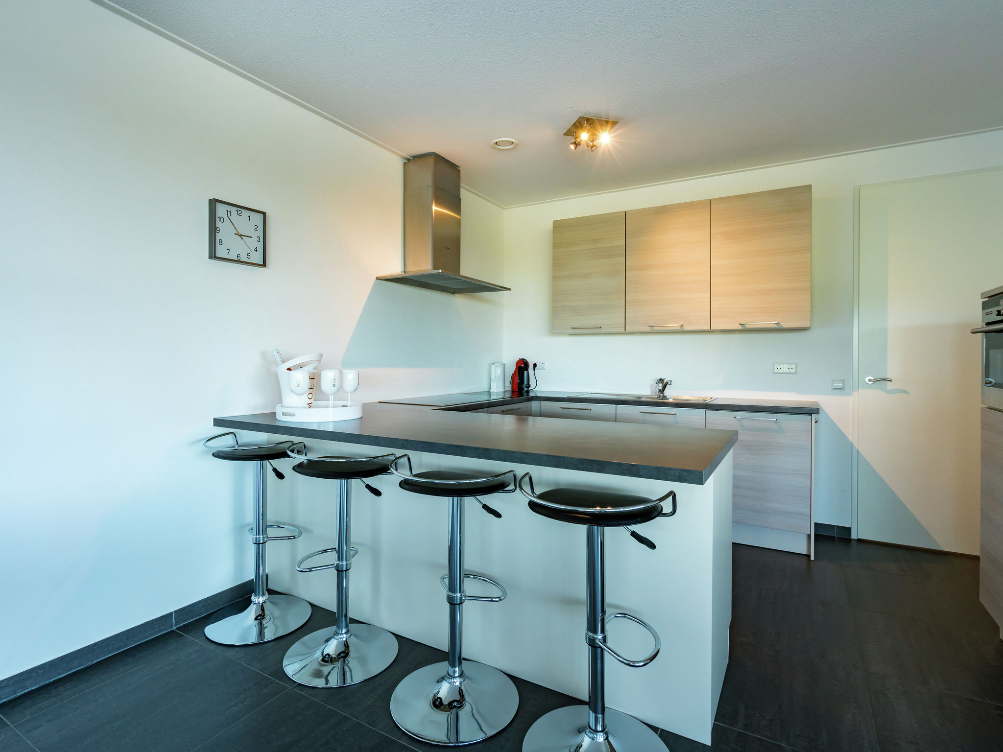 Holland | Zeeland | Holiday home Bastiaan de Langeplaat | all year | Kitchen