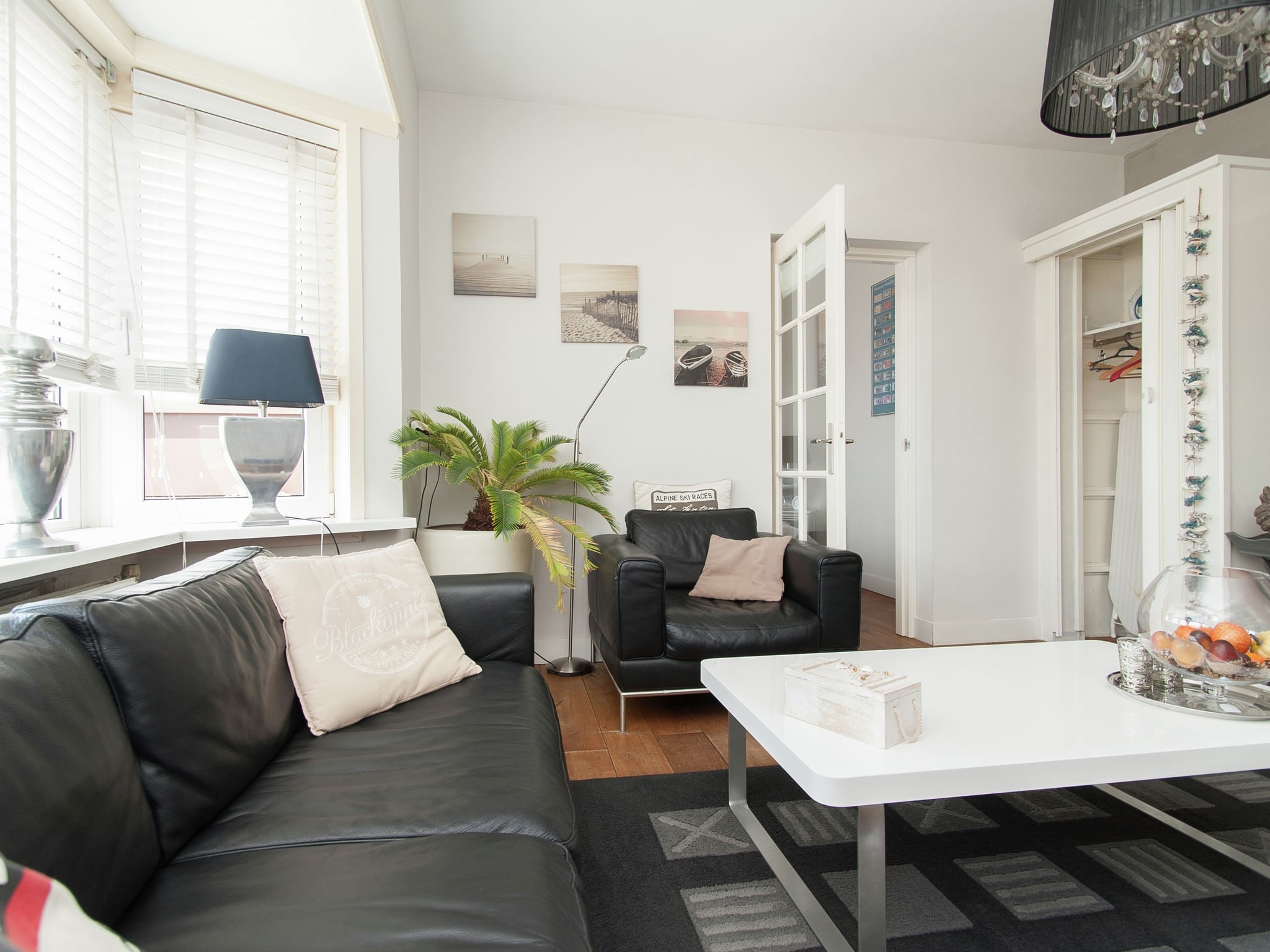 Holland | North Sea Coast North | Holiday home Boulevard en Strand | all year | LivingRoom