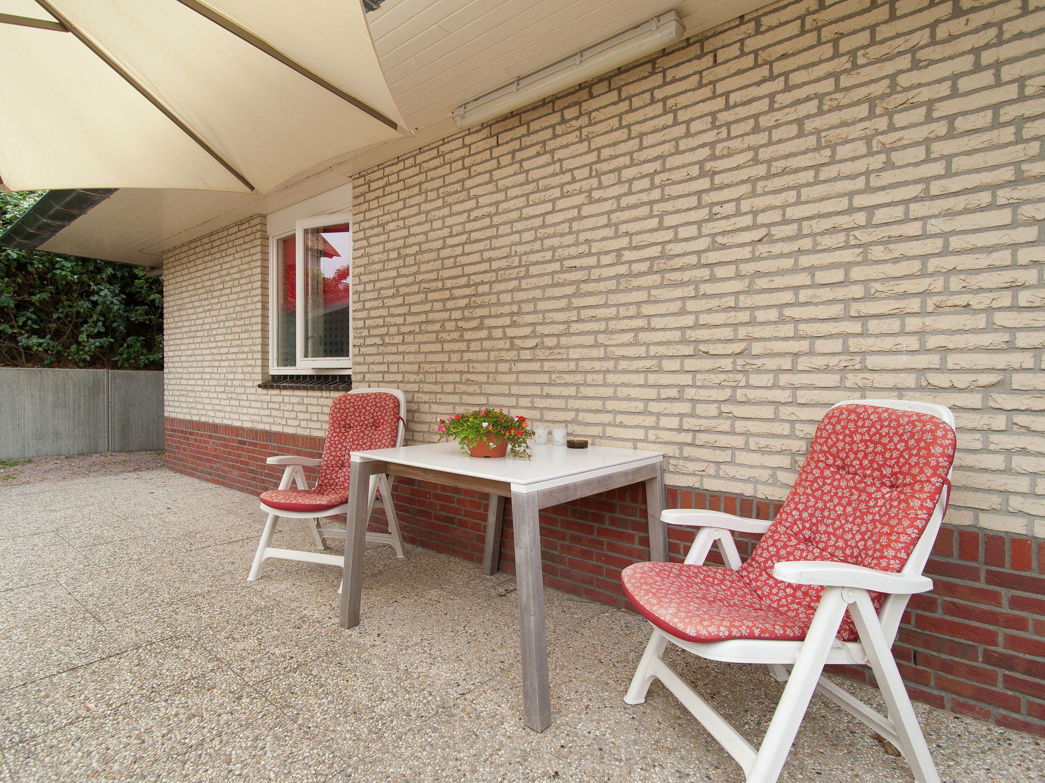 Holland | North Sea Coast North | Holiday home Zonnewijzer A | all year | TerraceBalcony