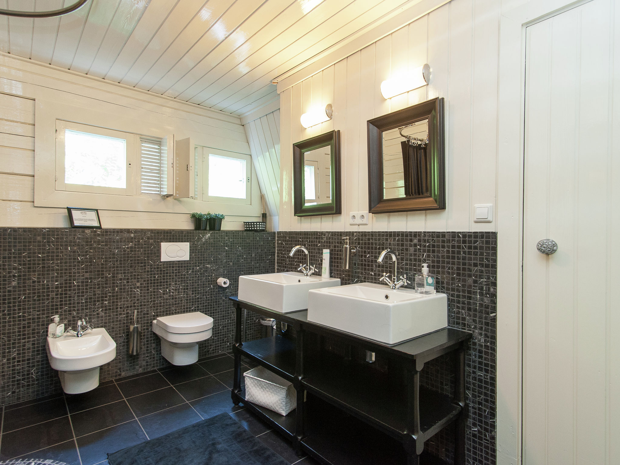 Holland | North Sea Coast North | Holiday home Red Cedar | all year | BathRoom