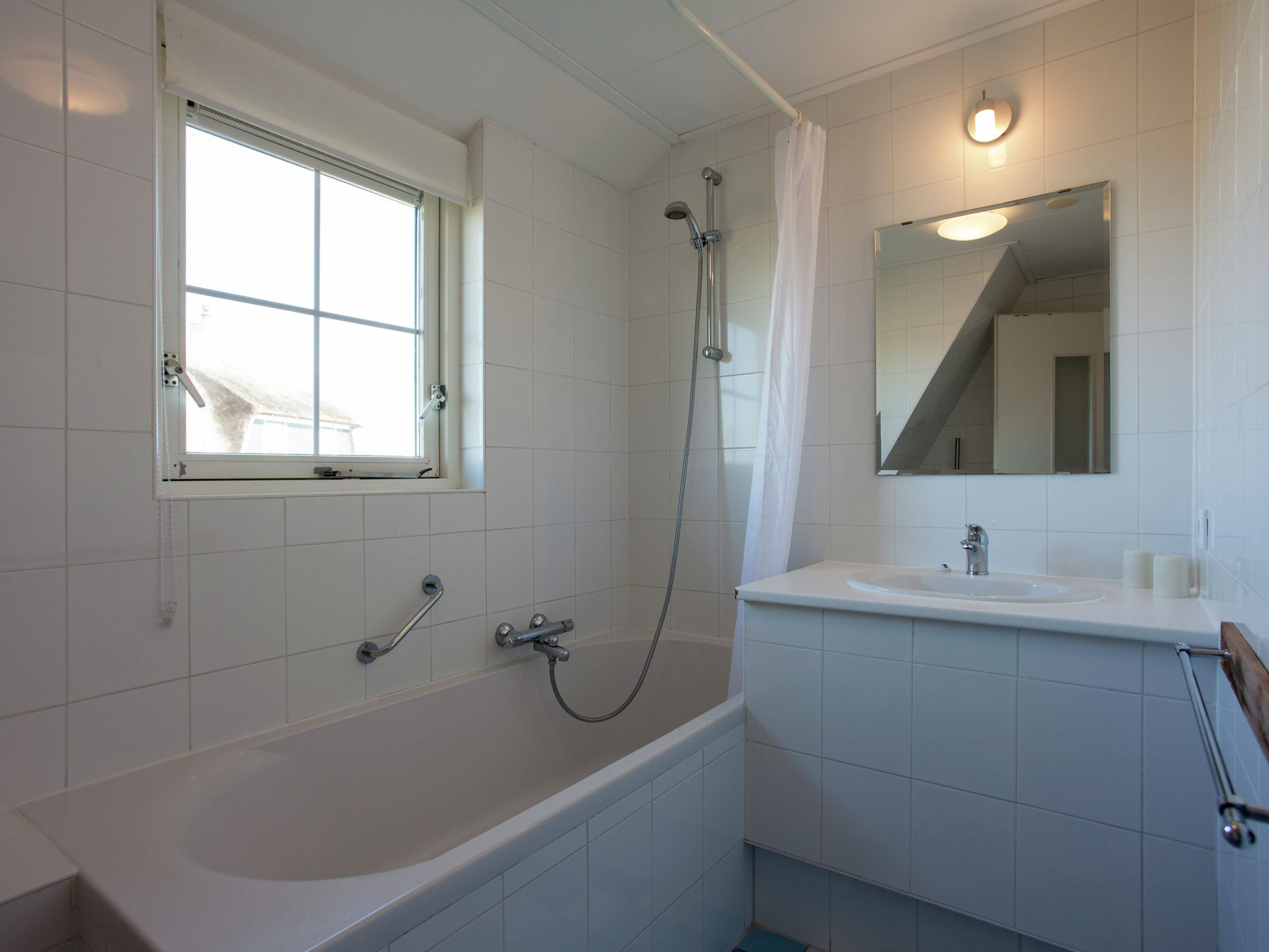 Holland | Wad Islands | Holiday home Villa Zeegras | all year | BathRoom