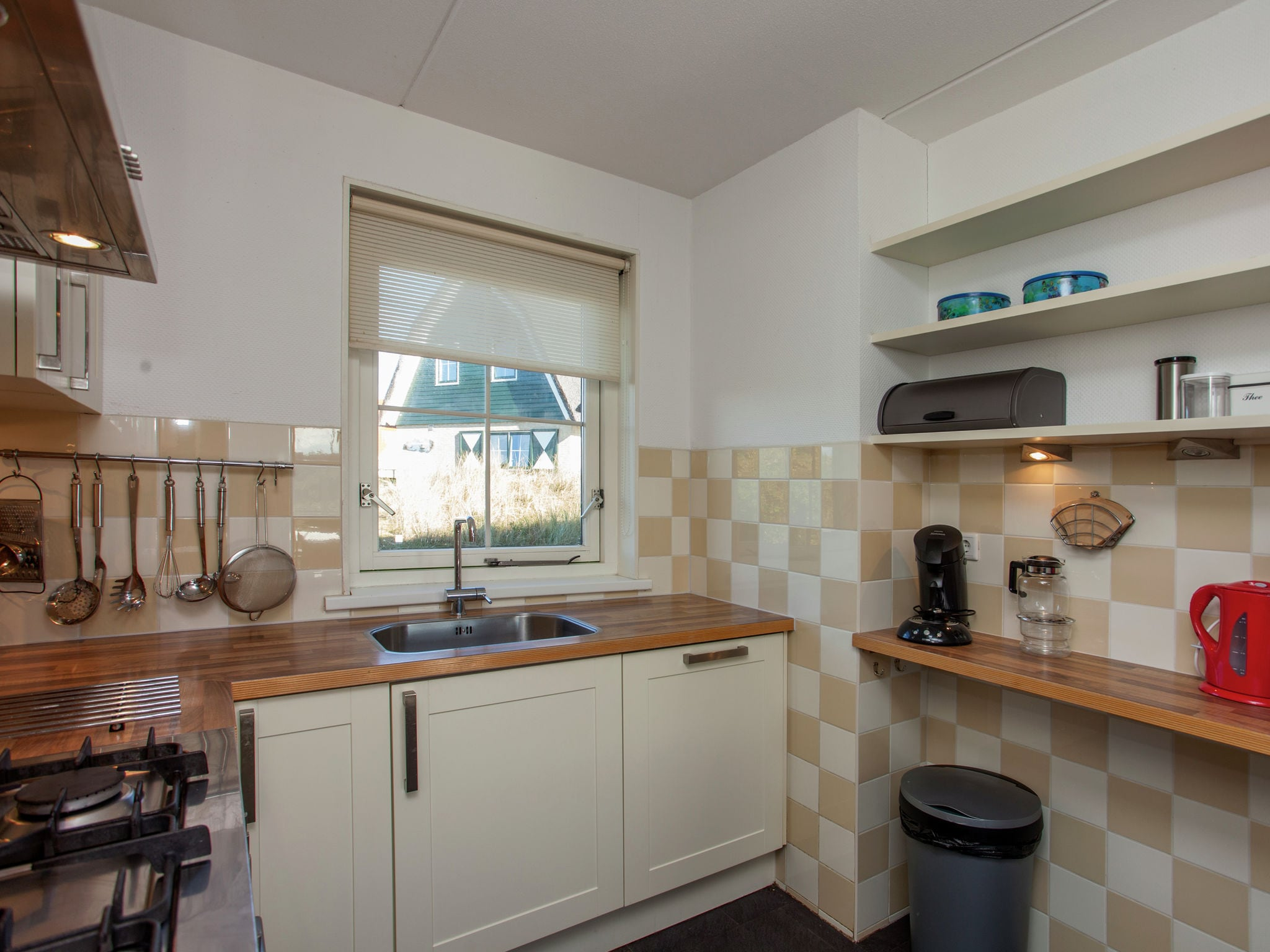 Holland | Wad Islands | Holiday home Villa Zeegras | all year | Kitchen