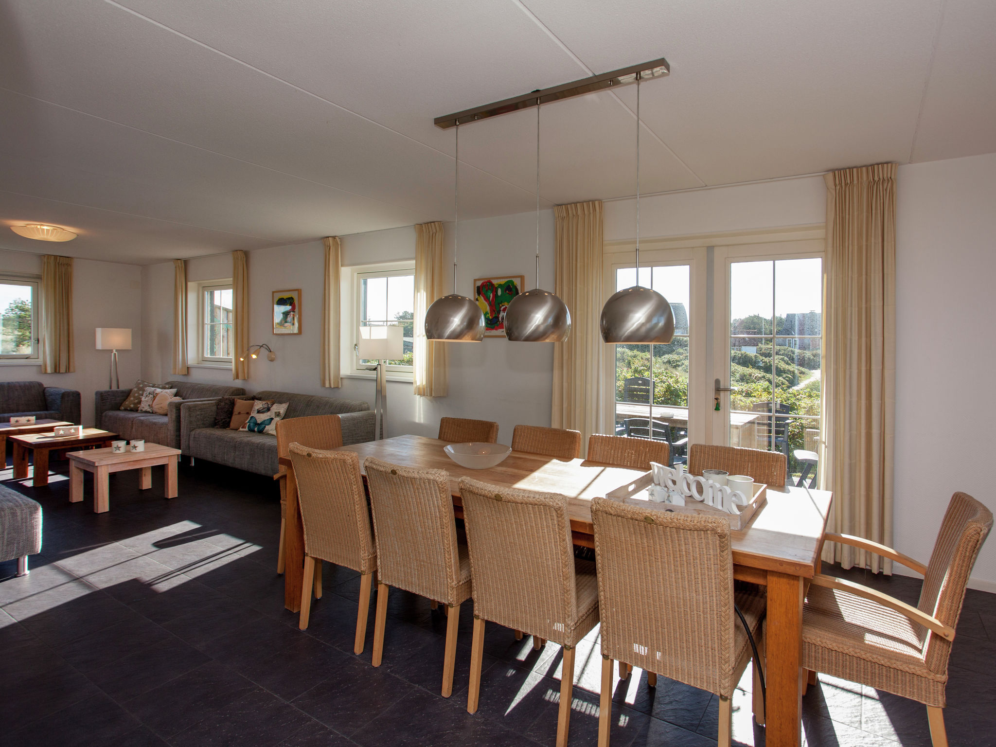 Holland | Wad Islands | Holiday home Villa Zeegras | all year | DiningRoom