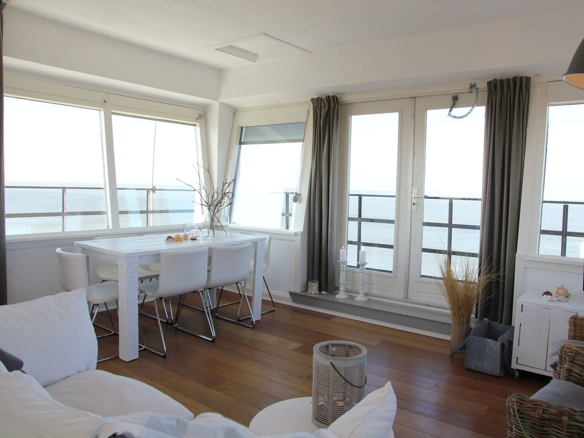 Holland | North Sea Coast North | Holiday home De Kustwachttoren | all year | LivingRoom