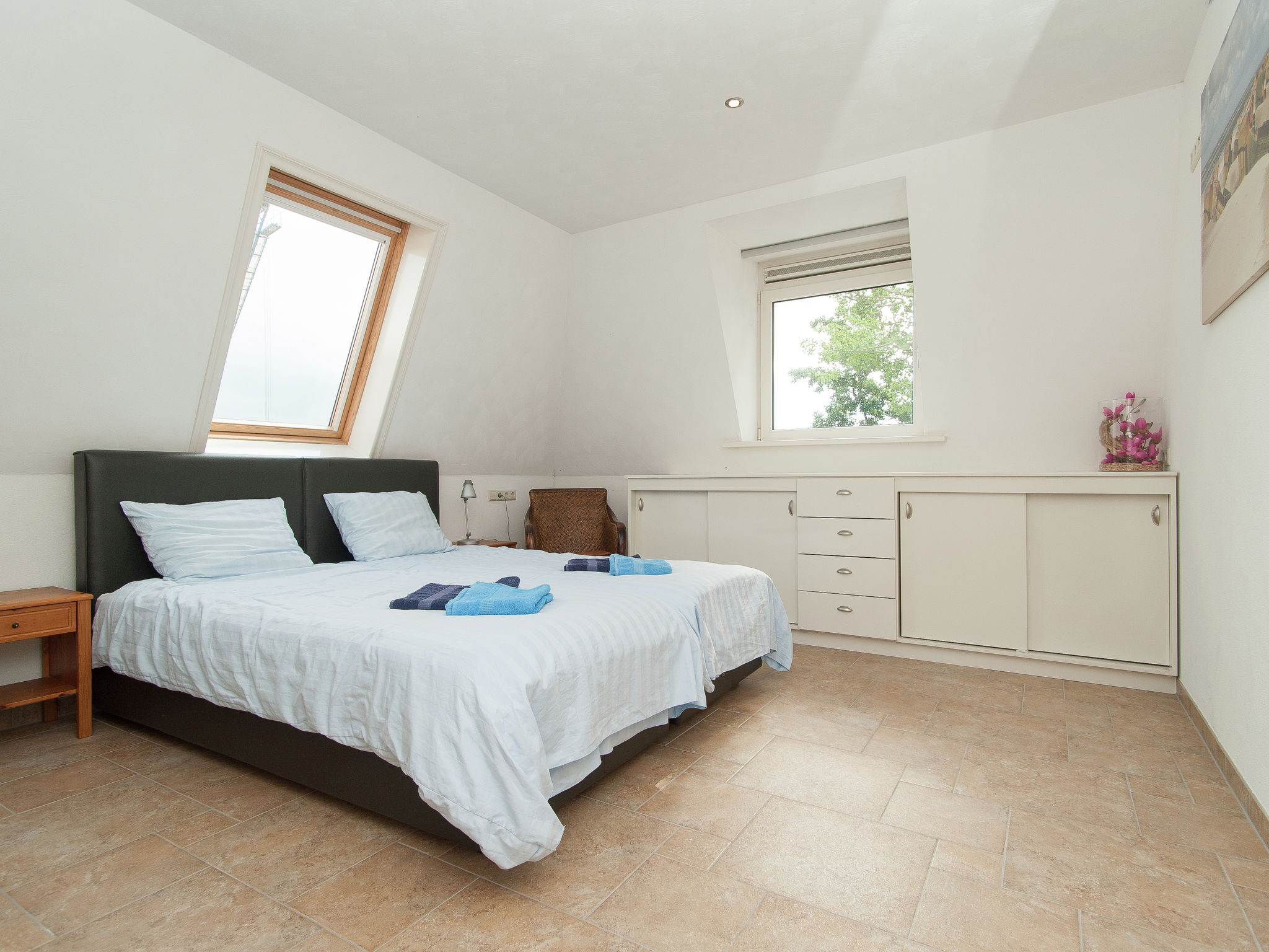 Holland | North Sea Coast North | Holiday home Aan de Waterkant | all year | BedRoom