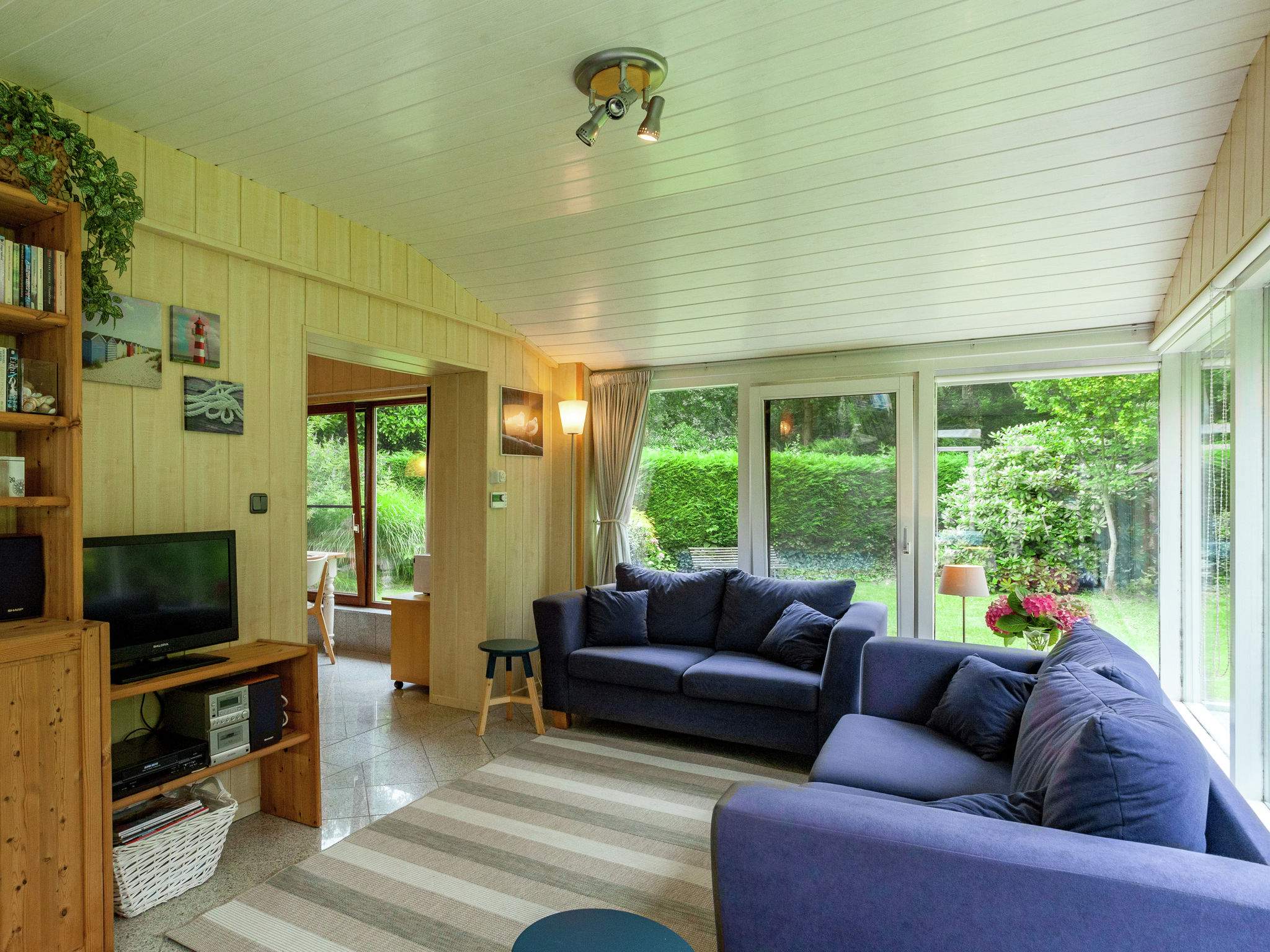 Holland | Zeeland | Holiday home La Petite Redousse | all year | LivingRoom