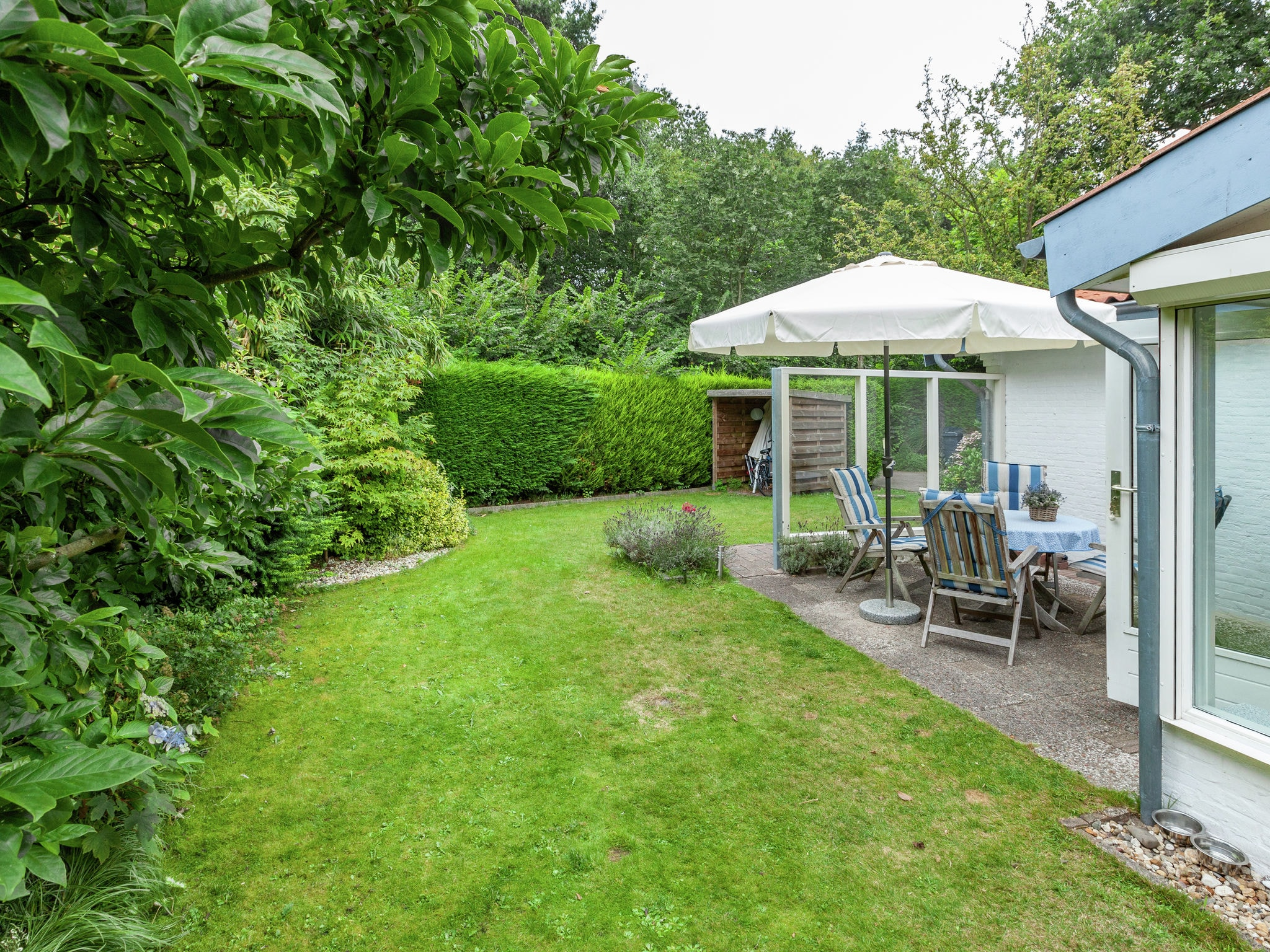 Holland | Zeeland | Holiday home La Petite Redousse | all year | GardenSummer