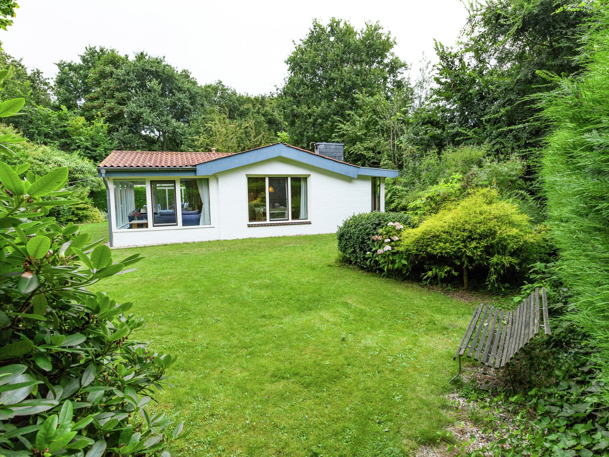 Holland | Zeeland | Holiday home La Petite Redousse | all year | ExteriorSummer