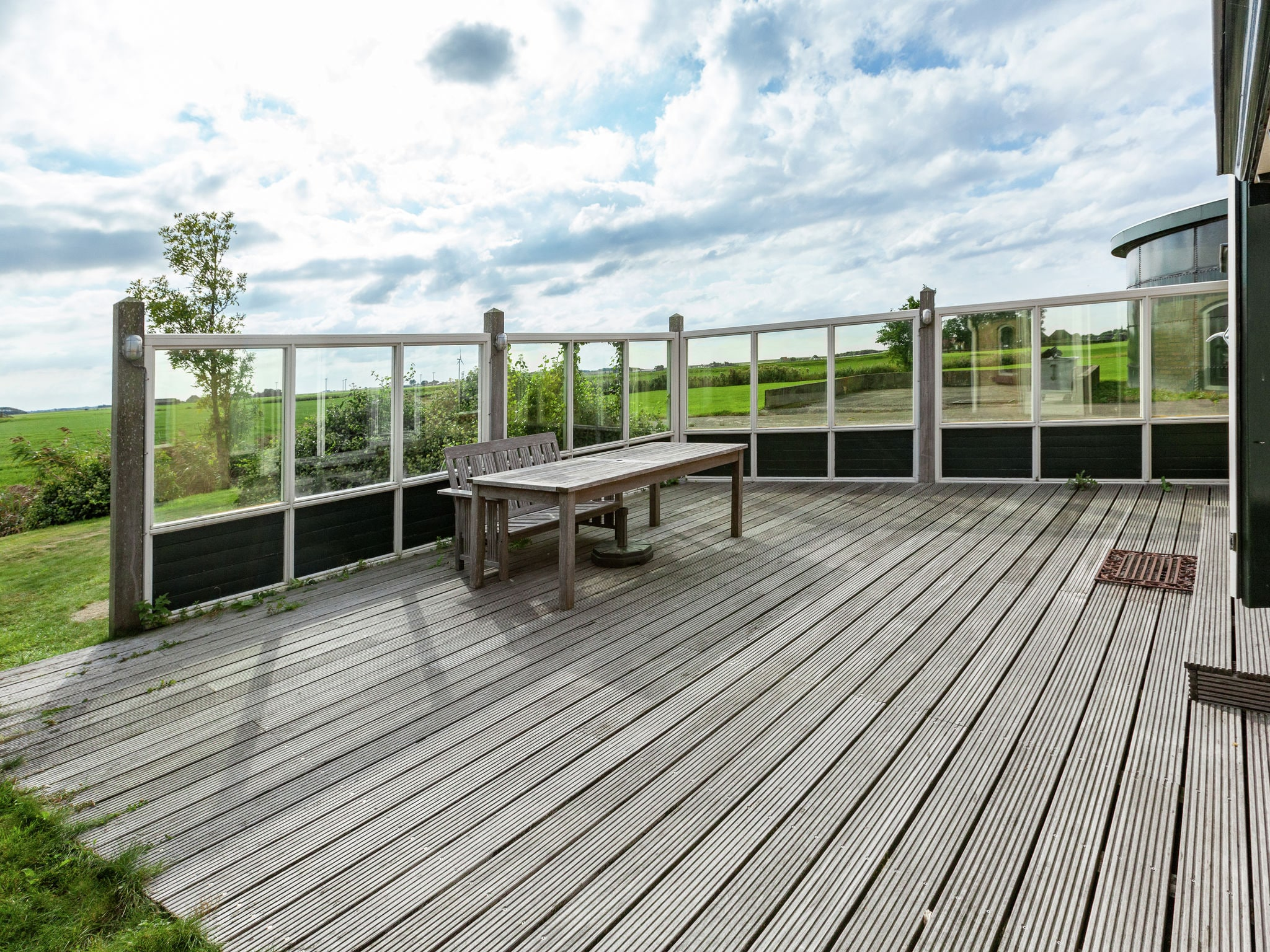 Holland | Friesland | Holiday home 't Friese Koetshuis | all year | GardenSummer