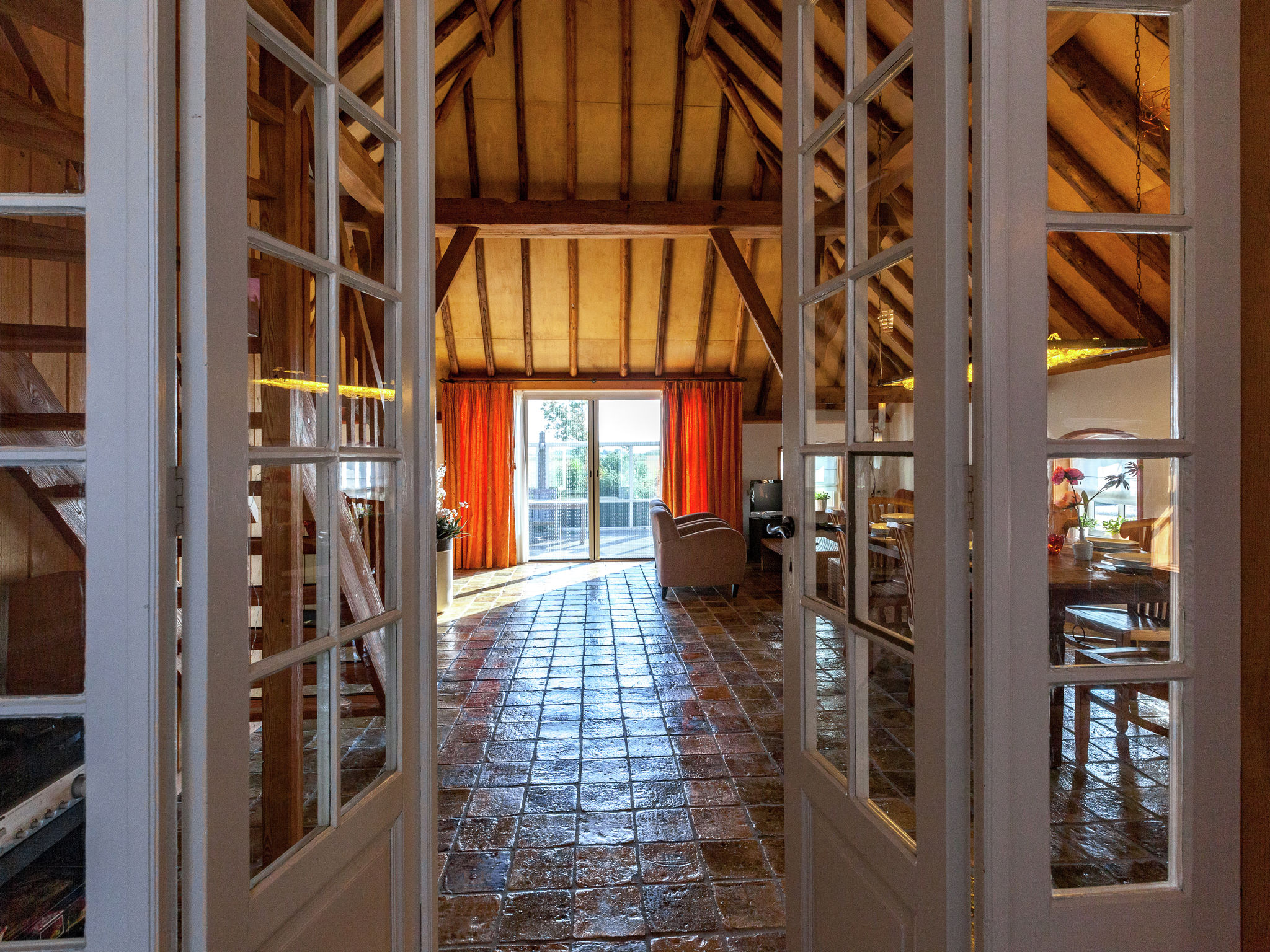 Holland | Friesland | Holiday home 't Friese Koetshuis | all year | HallReception