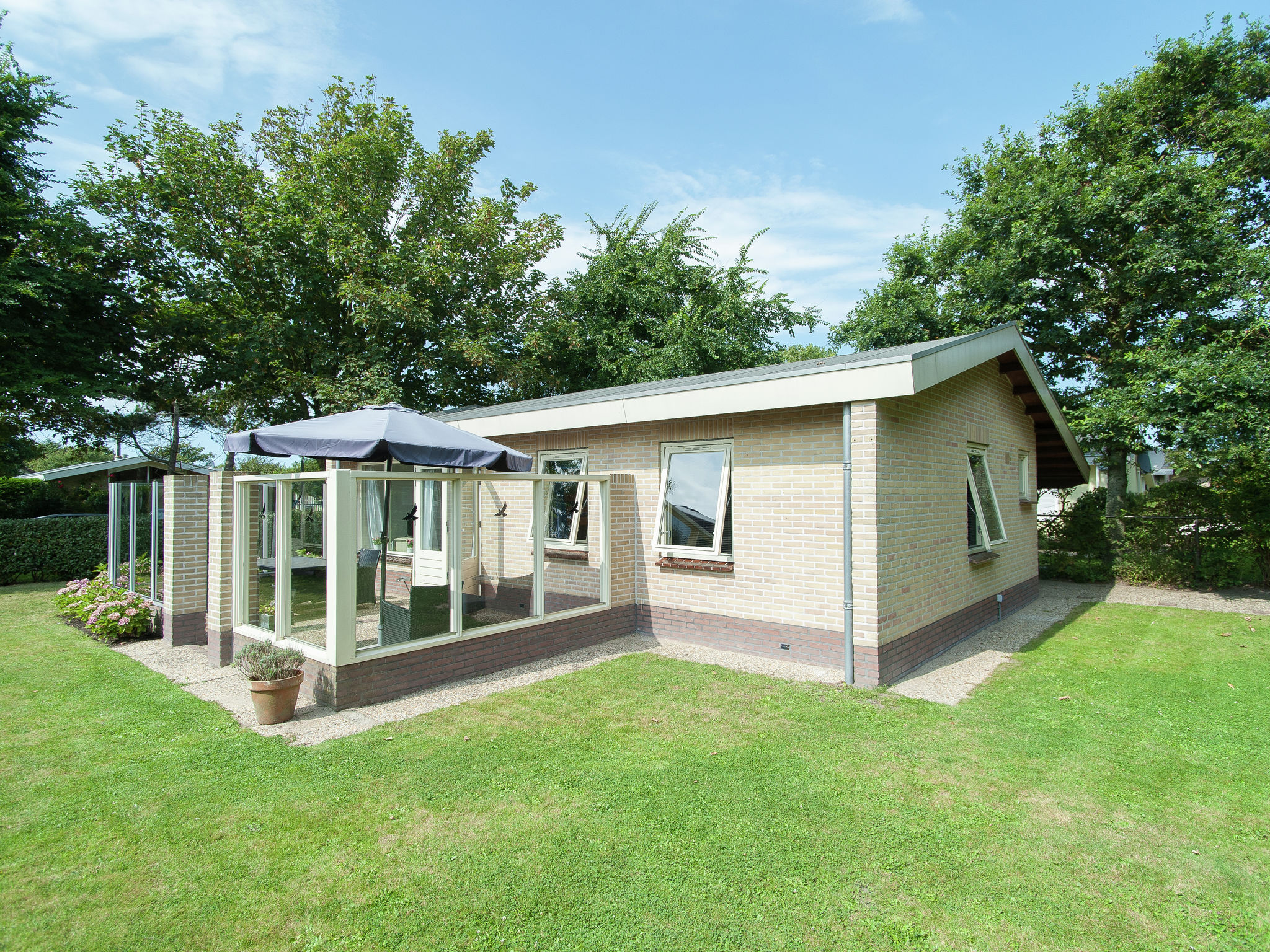 Holland | North Sea Coast North | Holiday home De Zeetuin | all year | ExteriorSummer