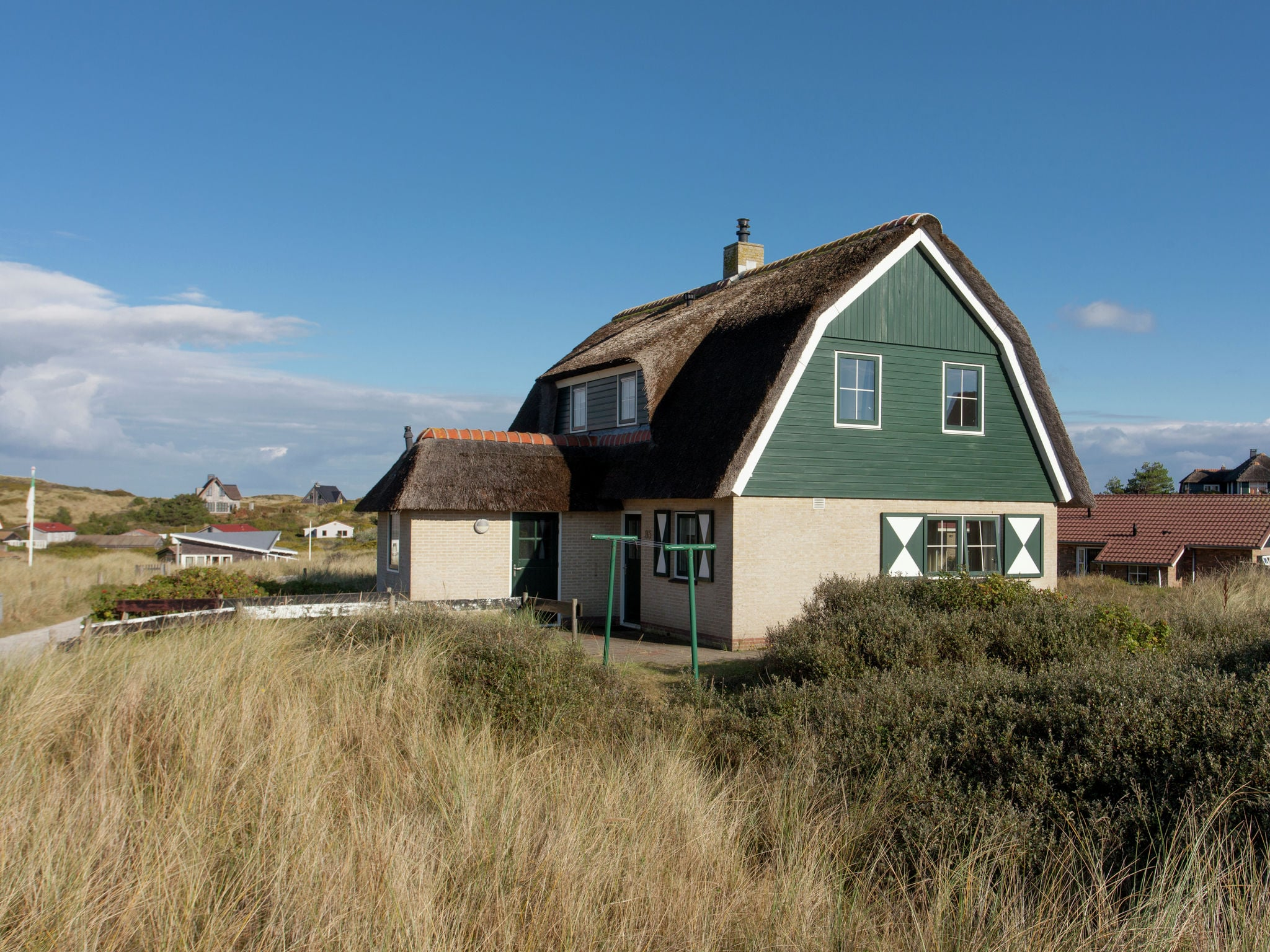 Holland | Wad Islands | Holiday home Villa Zeeschelp | all year | ExteriorSummer