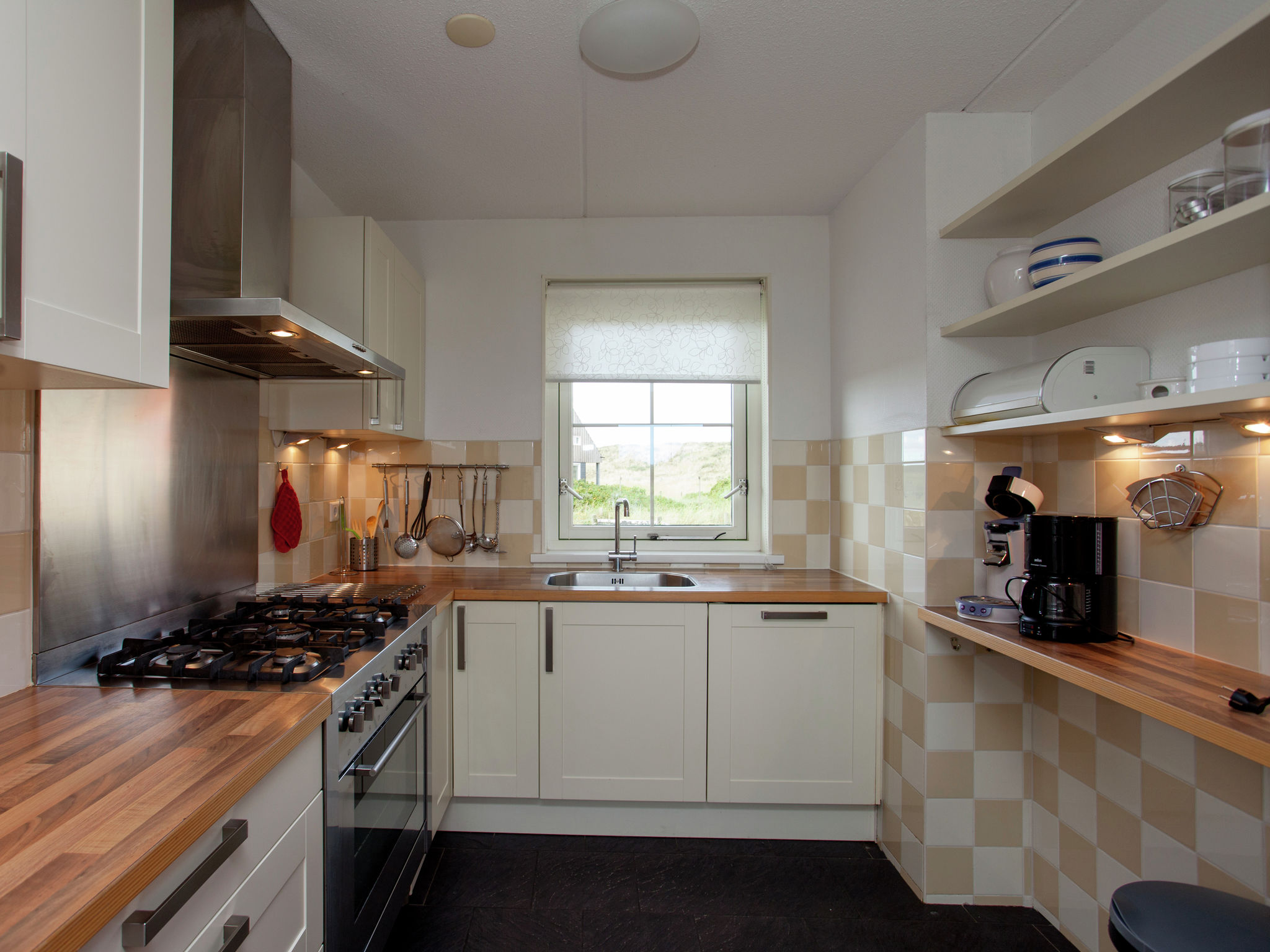 Holland | Wad Islands | Holiday home Villa Zeeschelp | all year | Kitchen