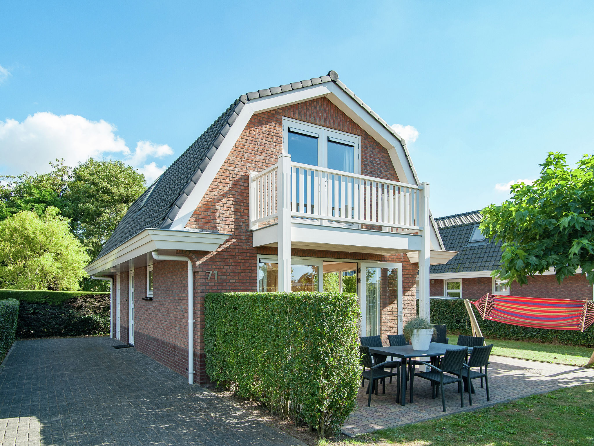 Holland | North Sea Coast South | Holiday home Bungalowpark de Gouden Spar | all year | ExteriorSummer