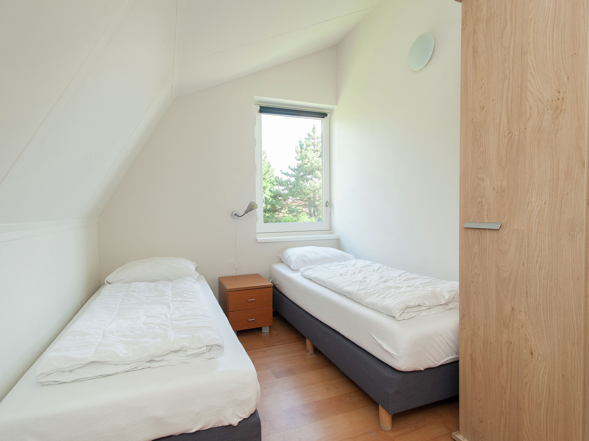 Holland | North Sea Coast South | Holiday home Bungalowpark de Gouden Spar | all year | BedRoom