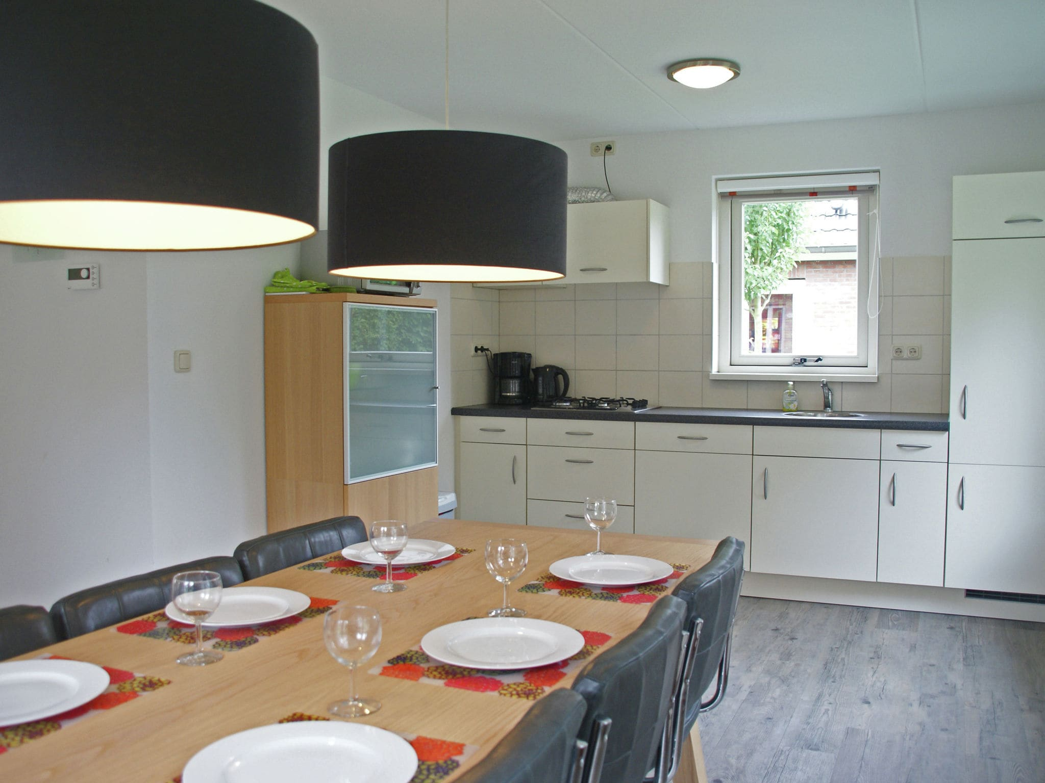 Holland | Zeeland | Holiday home Wul-25 | all year | Kitchen