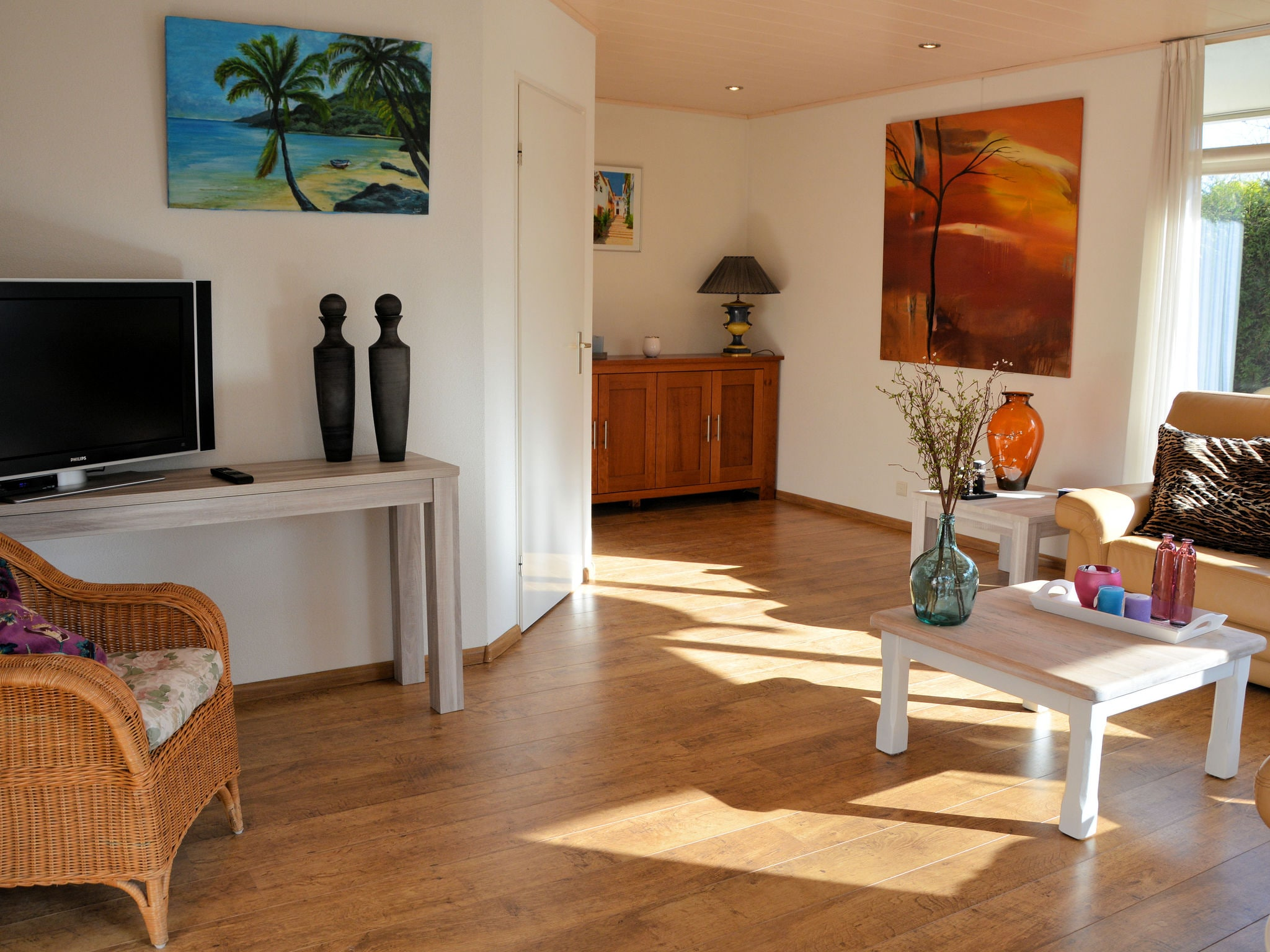 Holland | North Sea Coast South | Holiday home Kievitsvogel | all year | LivingRoom